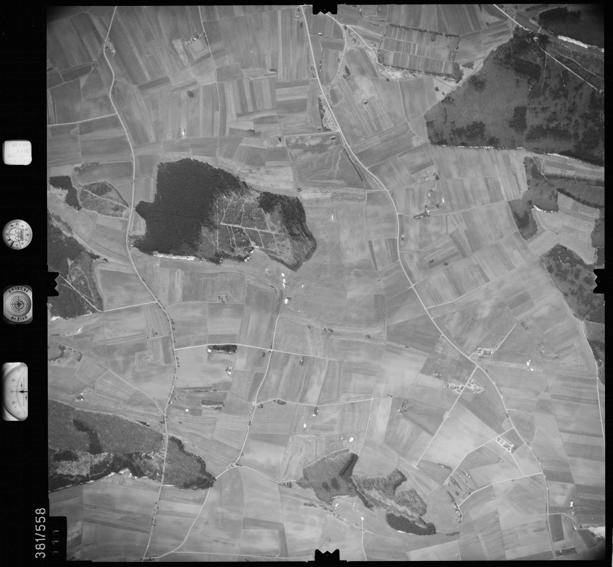 Luftbild: Film 27 Bildnr. 111, Bild 1