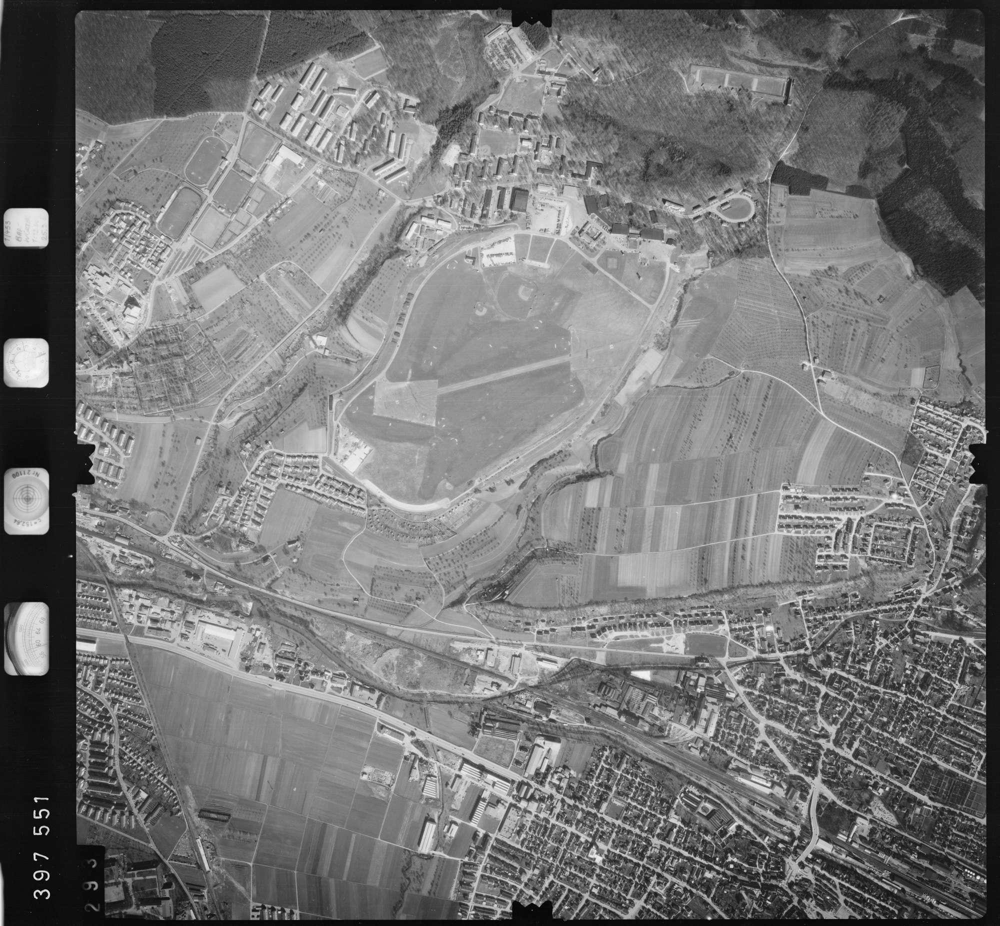 Luftbild: Film 13 Bildnr. 293, Bild 1