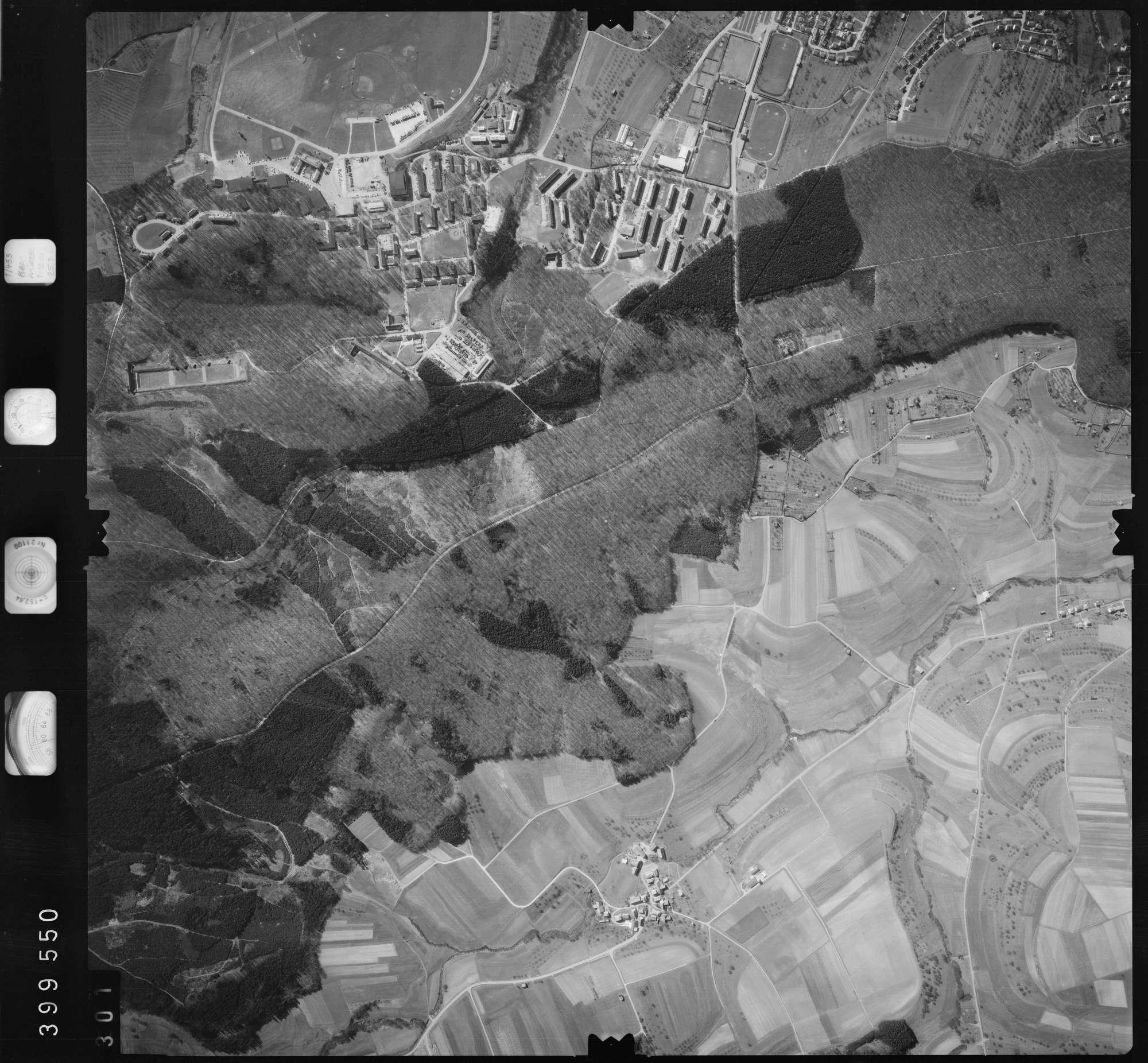 Luftbild: Film 13 Bildnr. 301, Bild 1