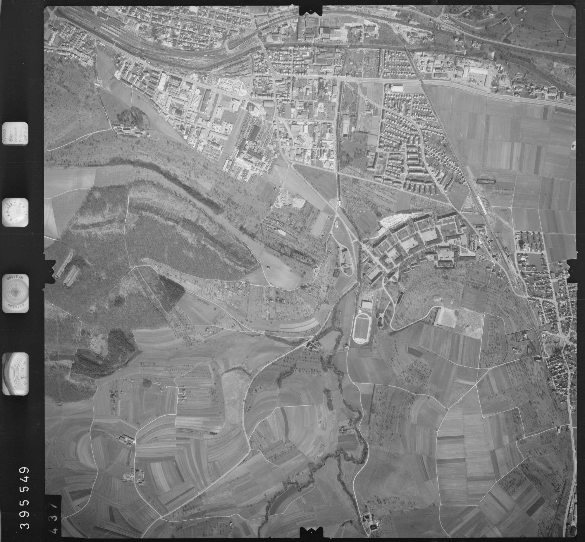 Luftbild: Film 13 Bildnr. 437, Bild 1