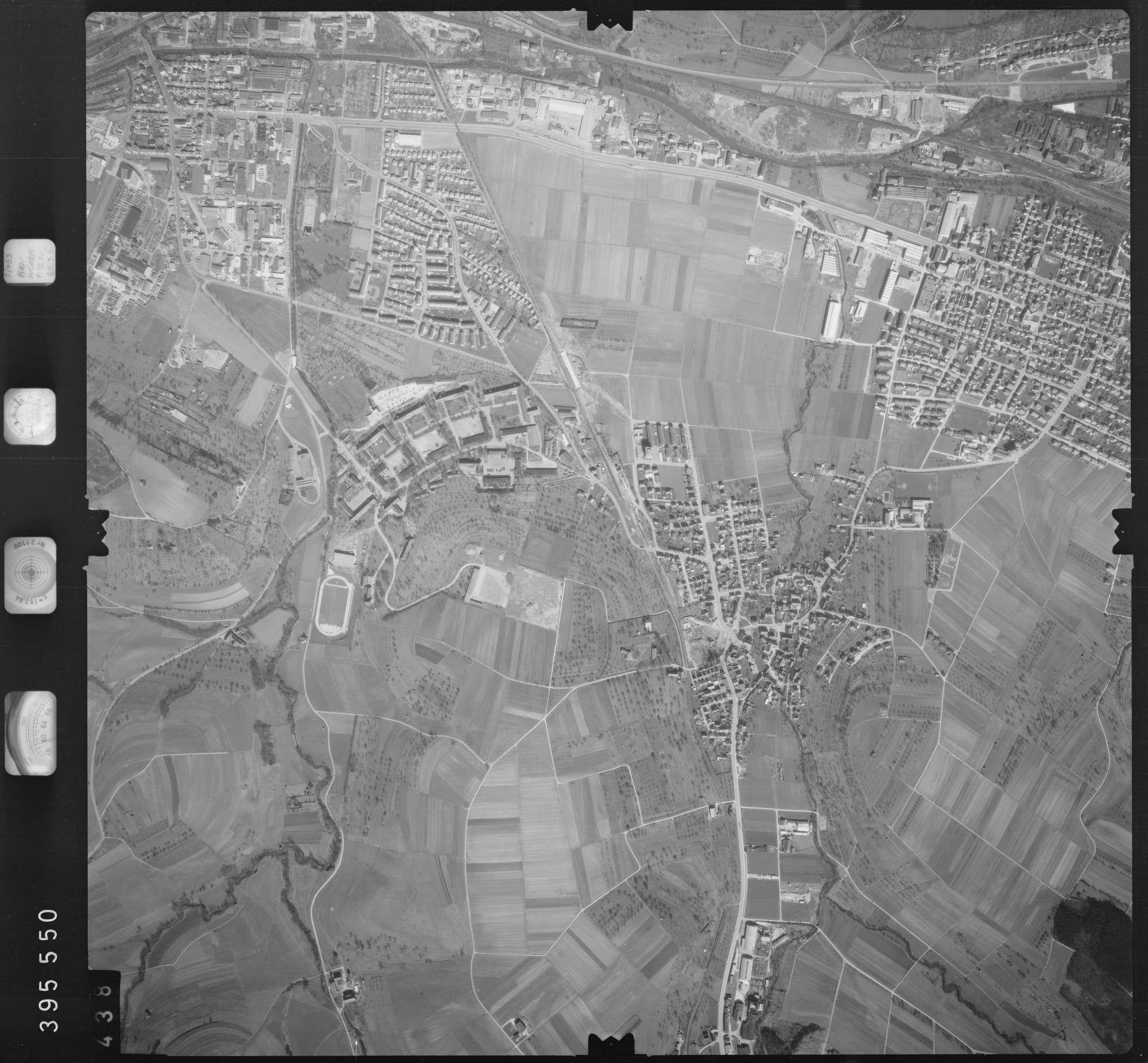 Luftbild: Film 13 Bildnr. 438, Bild 1