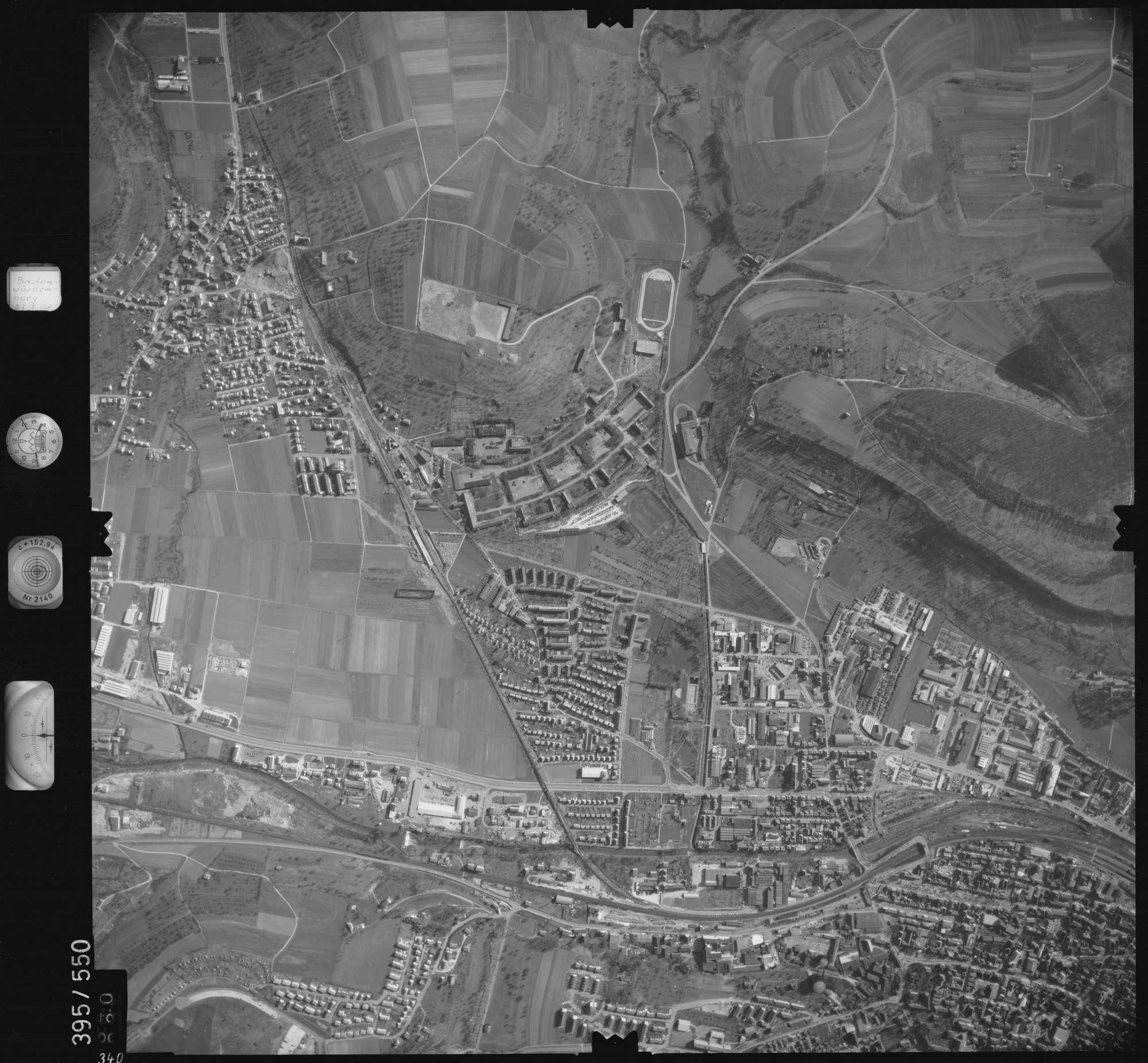Luftbild: Film 24 Bildnr. 340, Bild 1