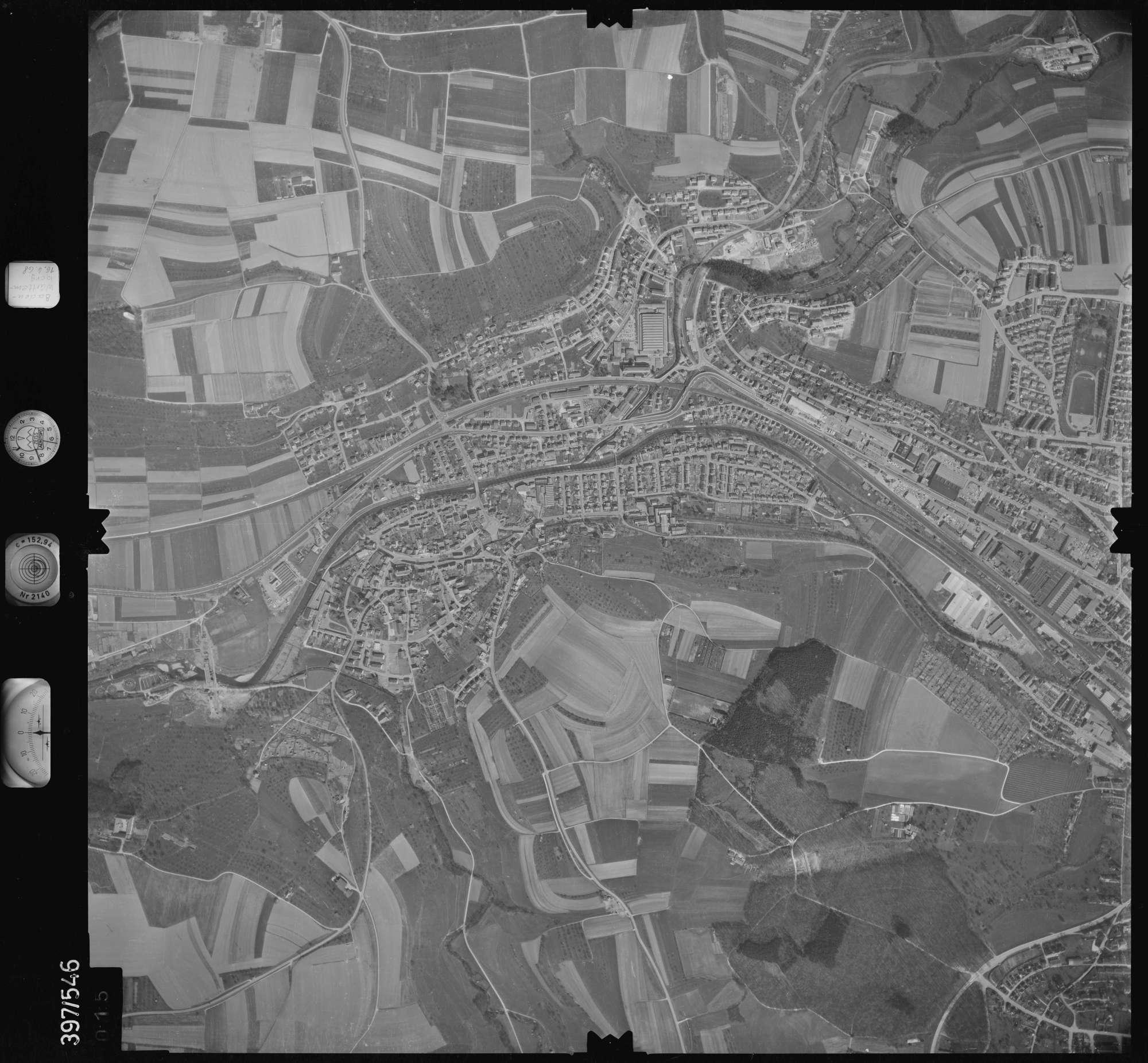 Luftbild: Film 32 Bildnr. 15, Bild 1