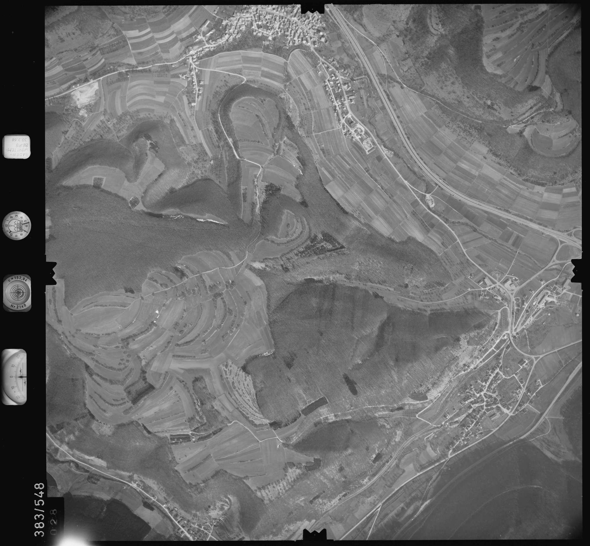 Luftbild: Film 27 Bildnr. 28, Bild 1