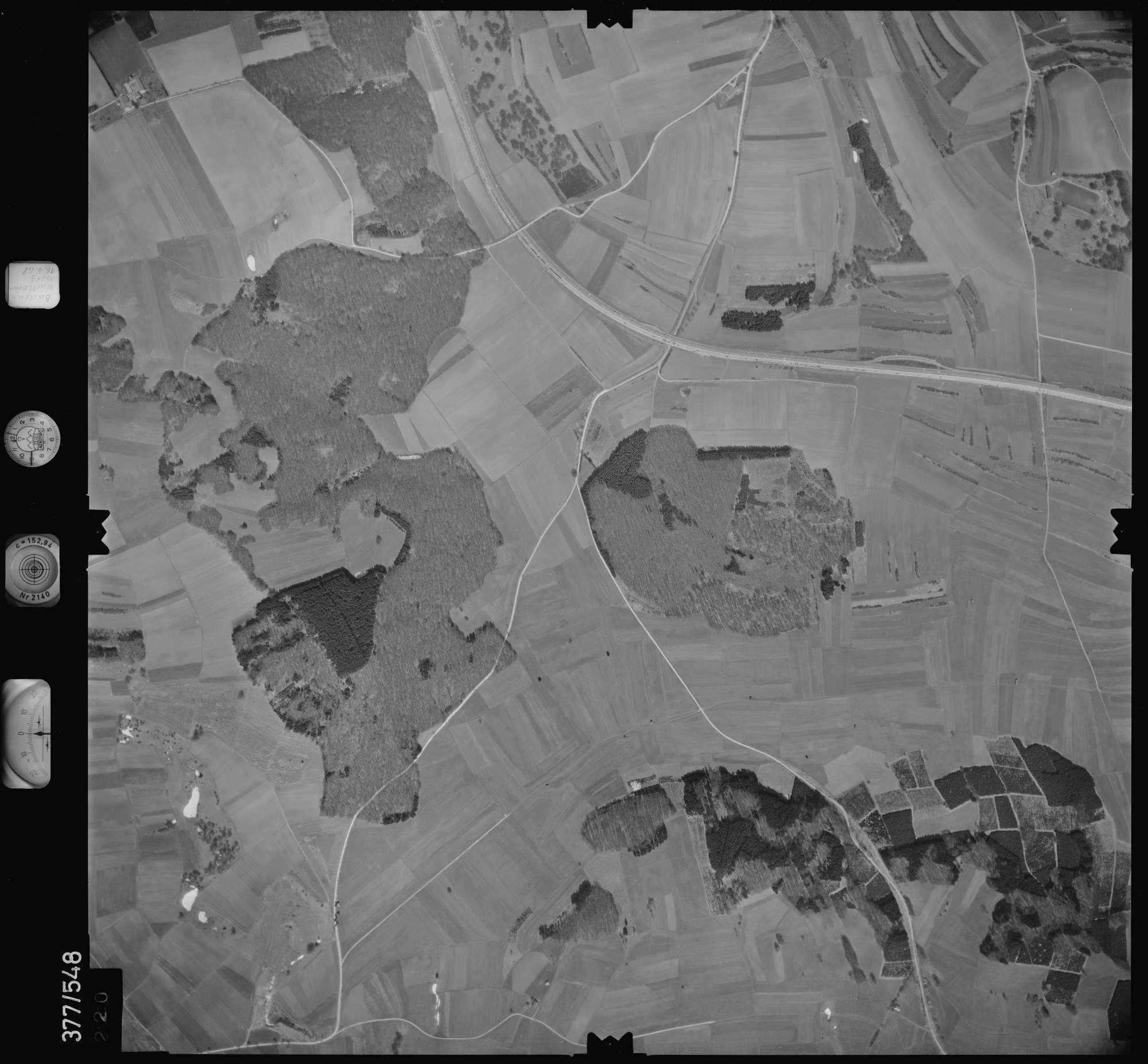 Luftbild: Film 32 Bildnr. 220, Bild 1