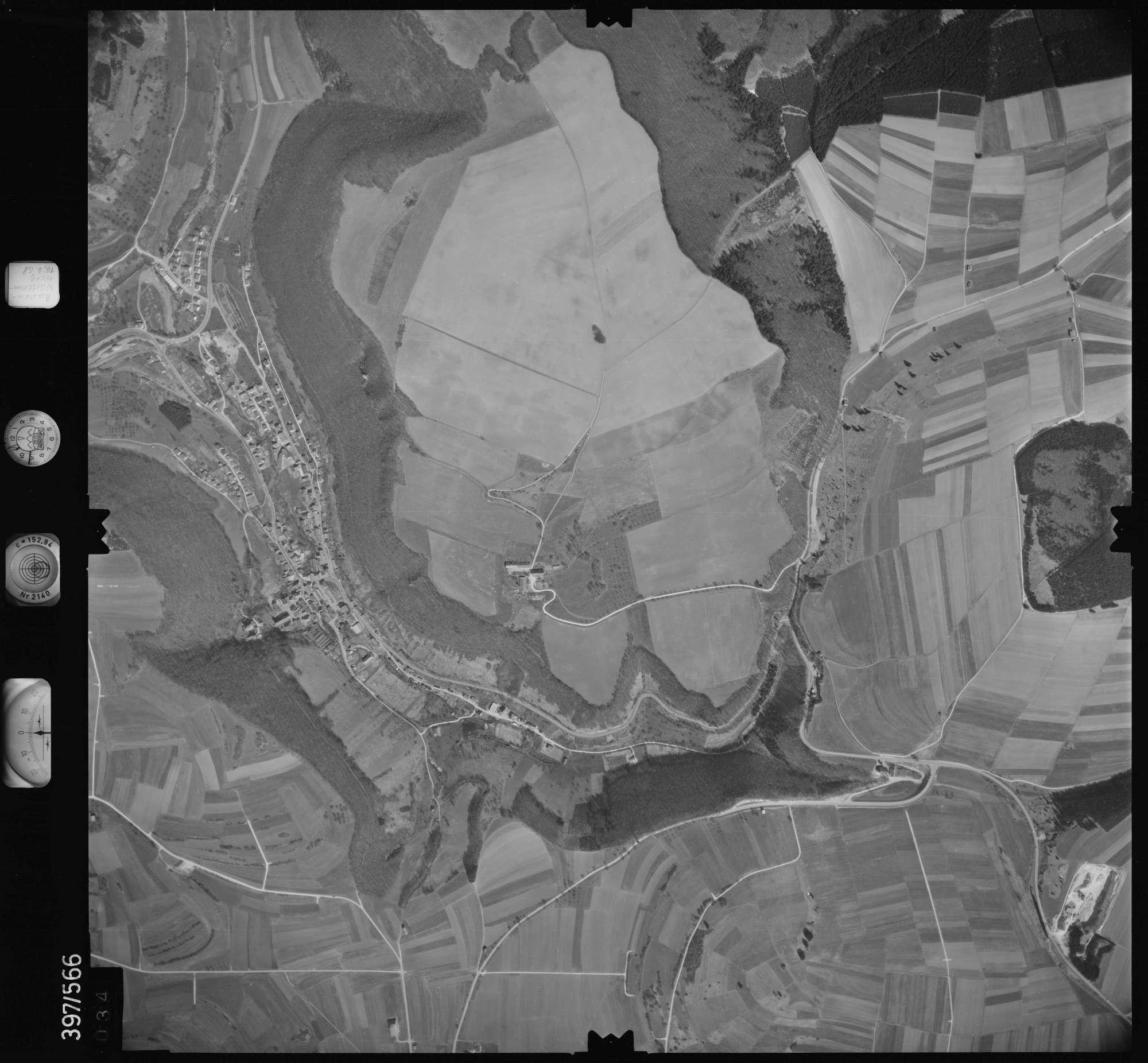 Luftbild: Film 32 Bildnr. 34, Bild 1