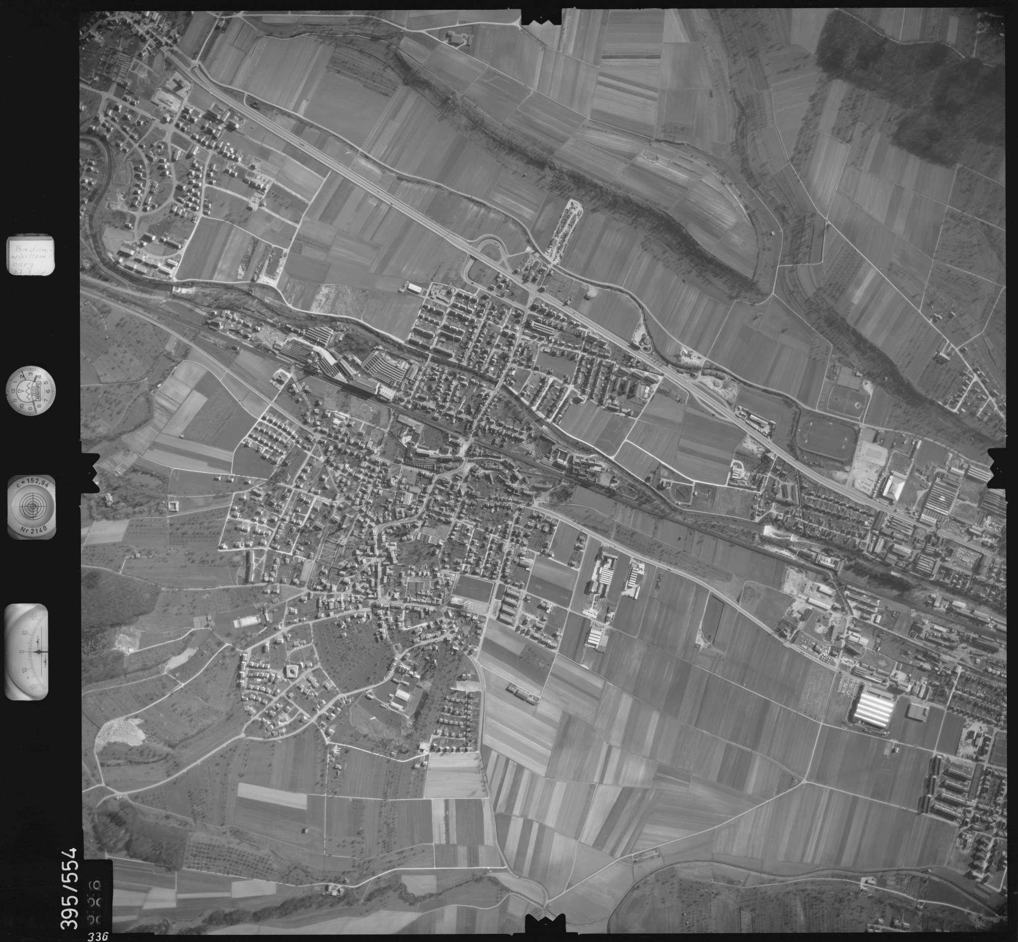 Luftbild: Film 24 Bildnr. 336, Bild 1