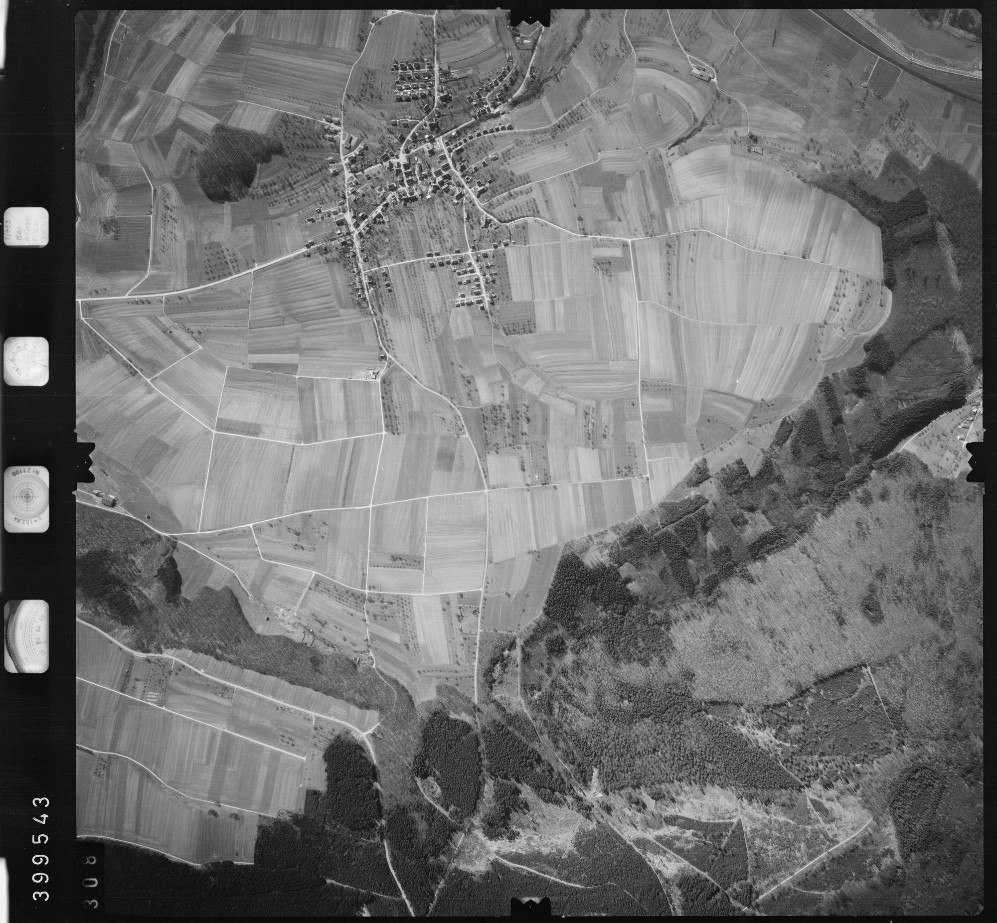 Luftbild: Film 13 Bildnr. 308, Bild 1