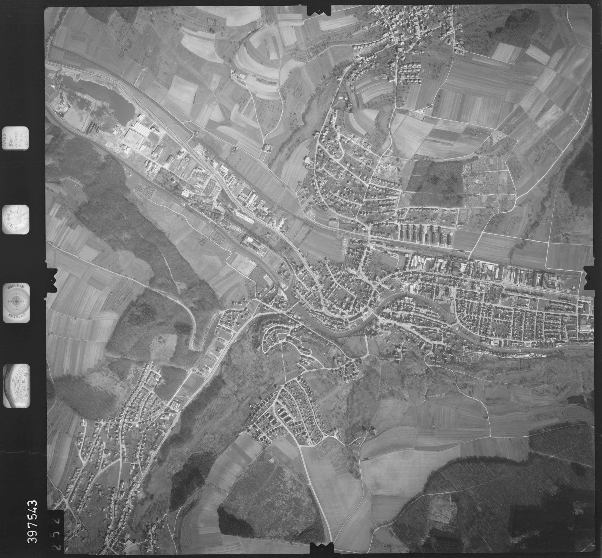 Luftbild: Film 17 Bildnr. 252, Bild 1