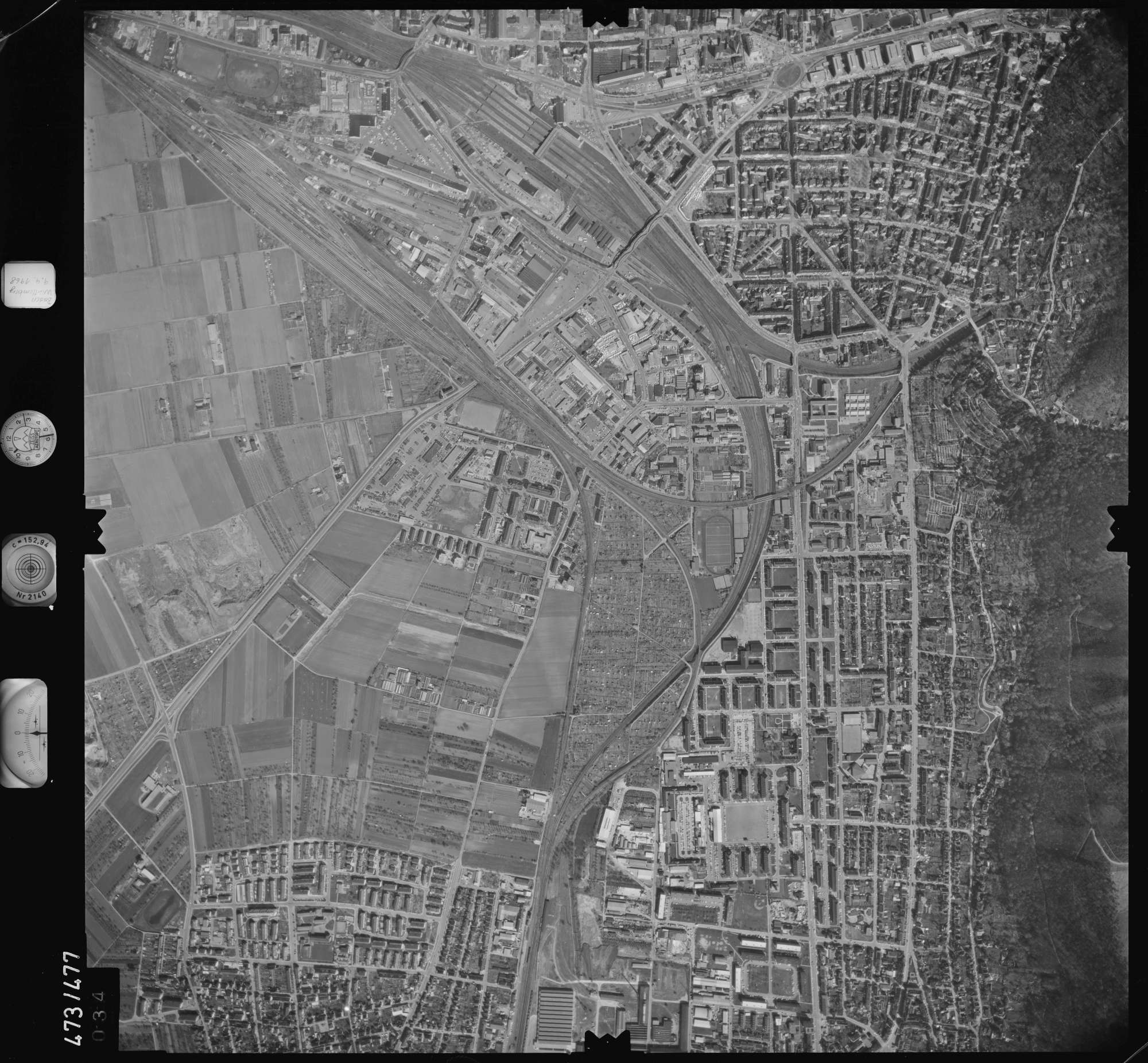 Luftbild: Film 100 Bildnr. 34, Bild 1