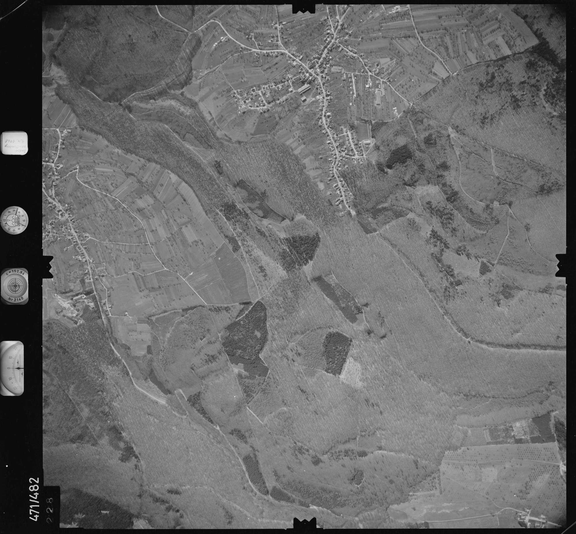 Luftbild: Film 100 Bildnr. 228, Bild 1
