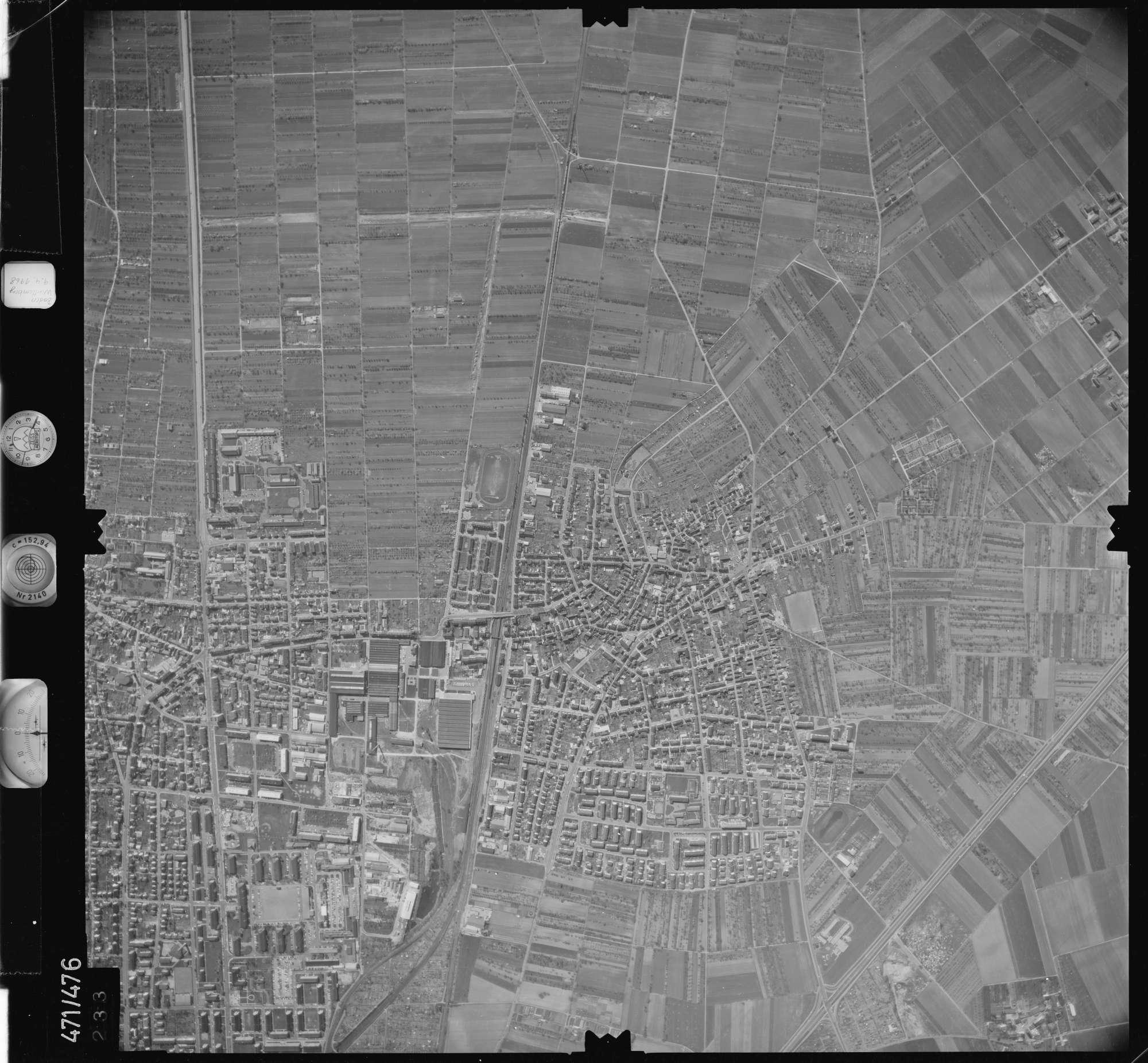 Luftbild: Film 100 Bildnr. 233, Bild 1