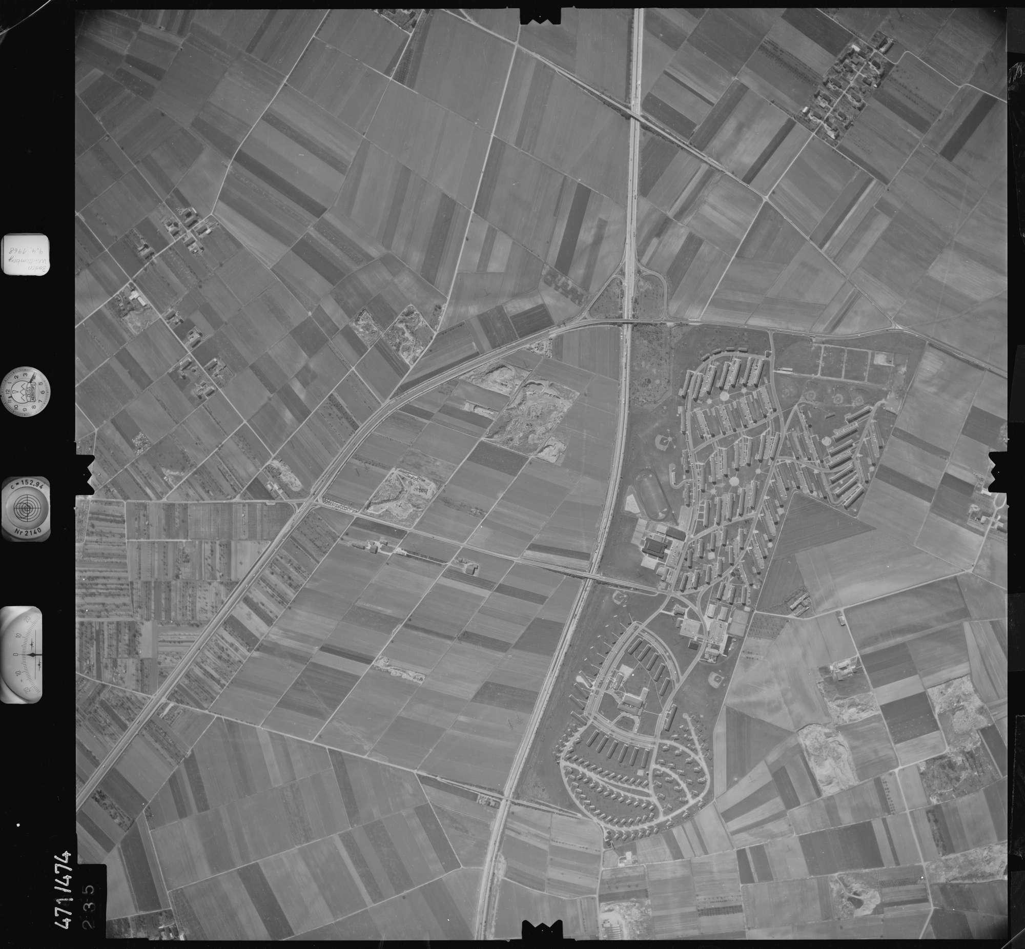 Luftbild: Film 100 Bildnr. 235, Bild 1