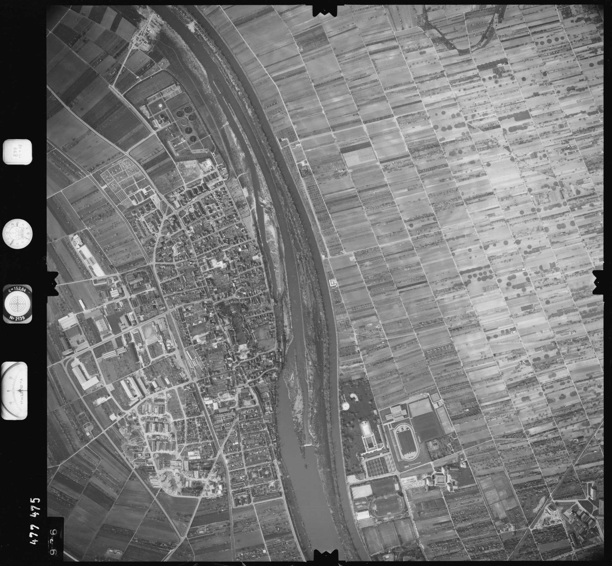 Luftbild: Film 899 Bildnr. 976, Bild 1