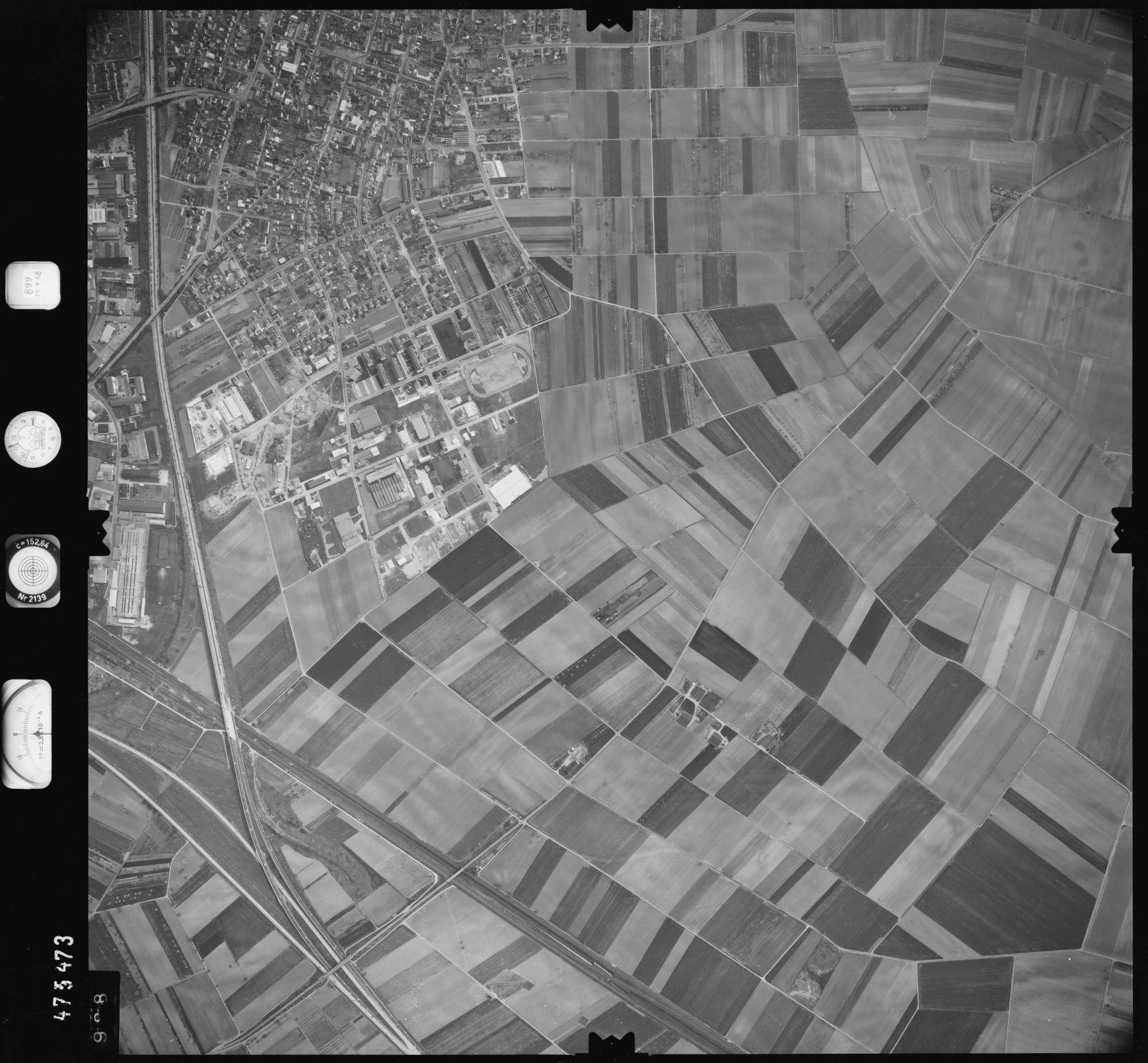 Luftbild: Film 899 Bildnr. 988, Bild 1