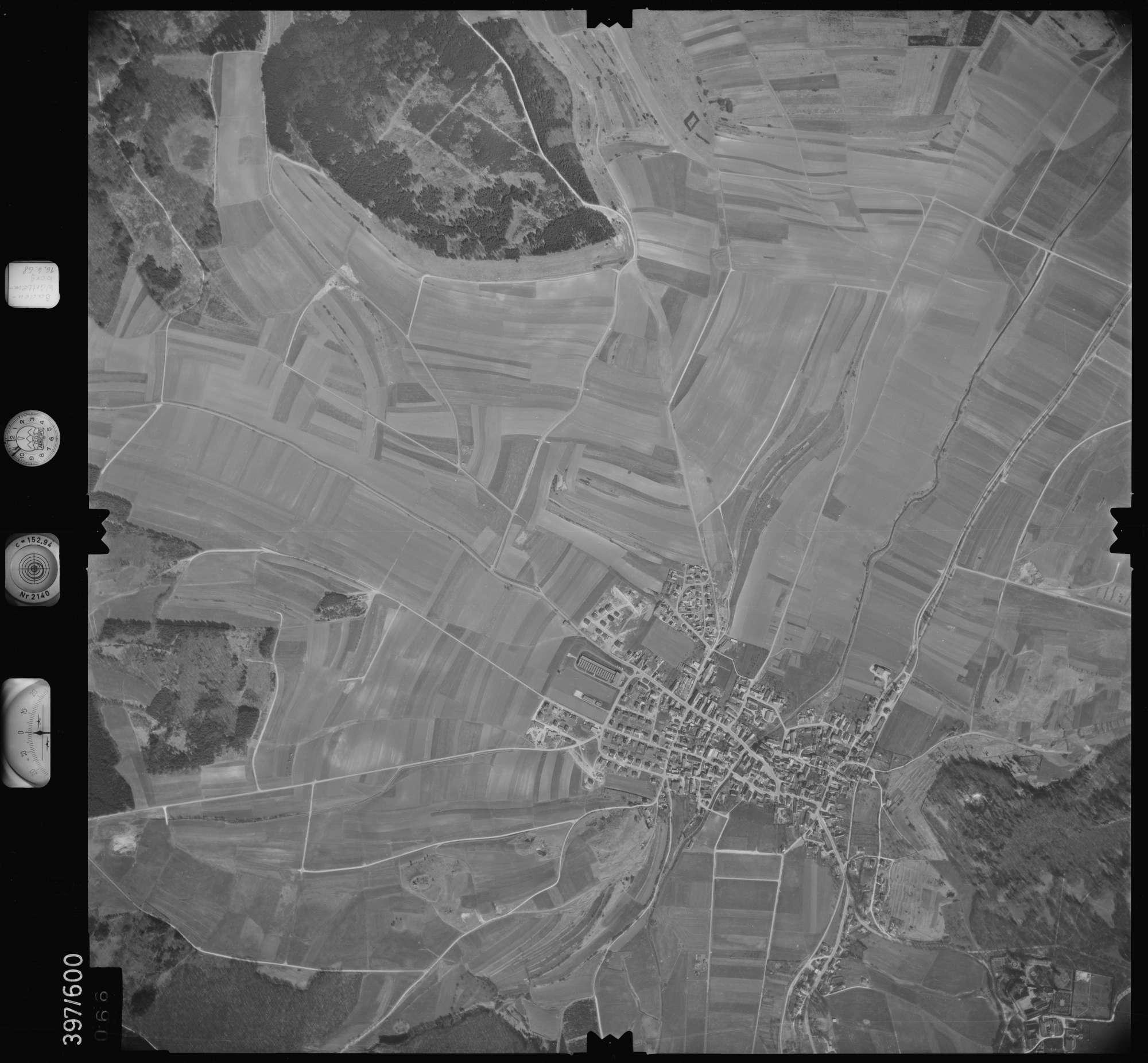 Luftbild: Film 32 Bildnr. 66, Bild 1