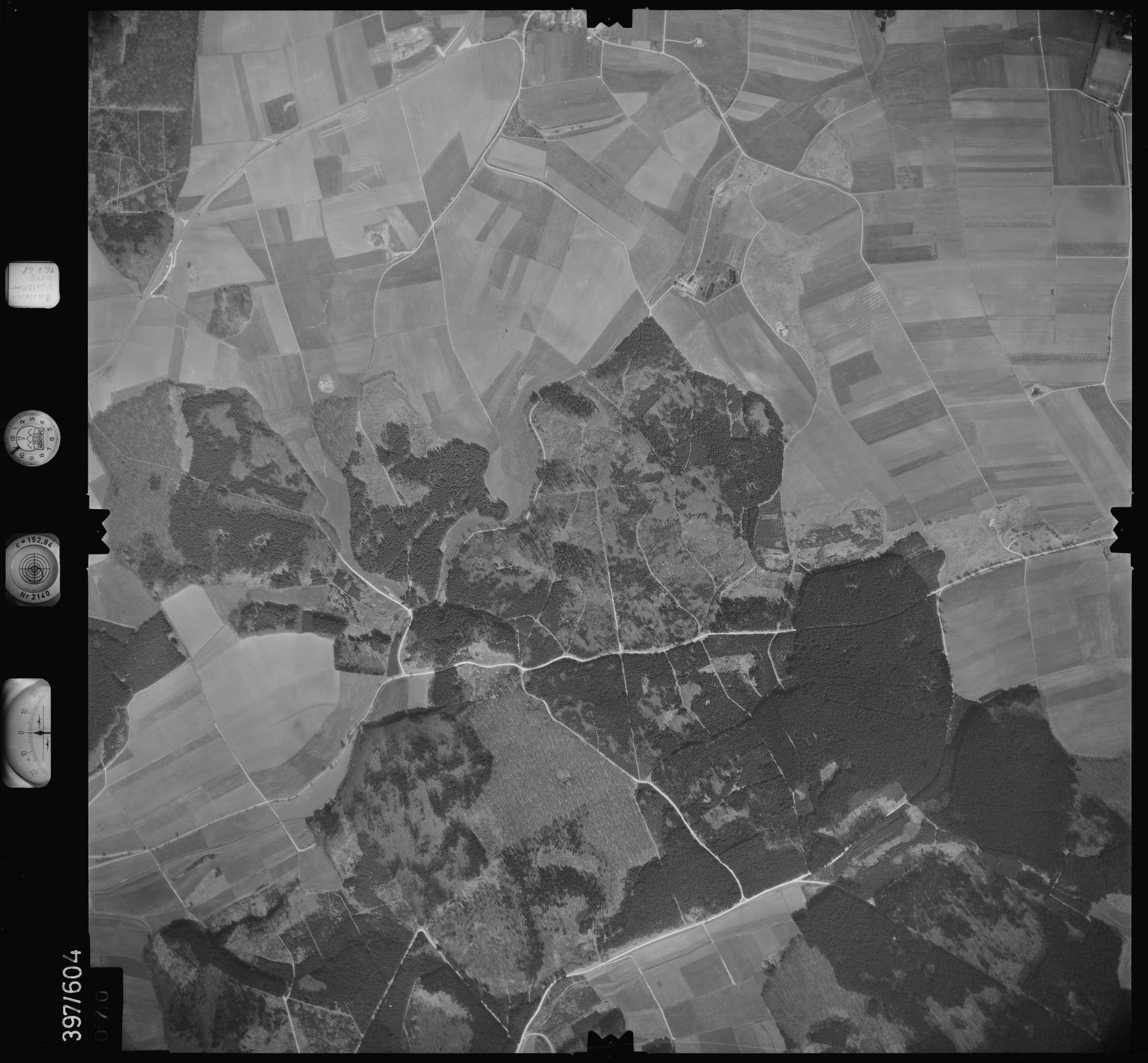 Luftbild: Film 32 Bildnr. 70, Bild 1