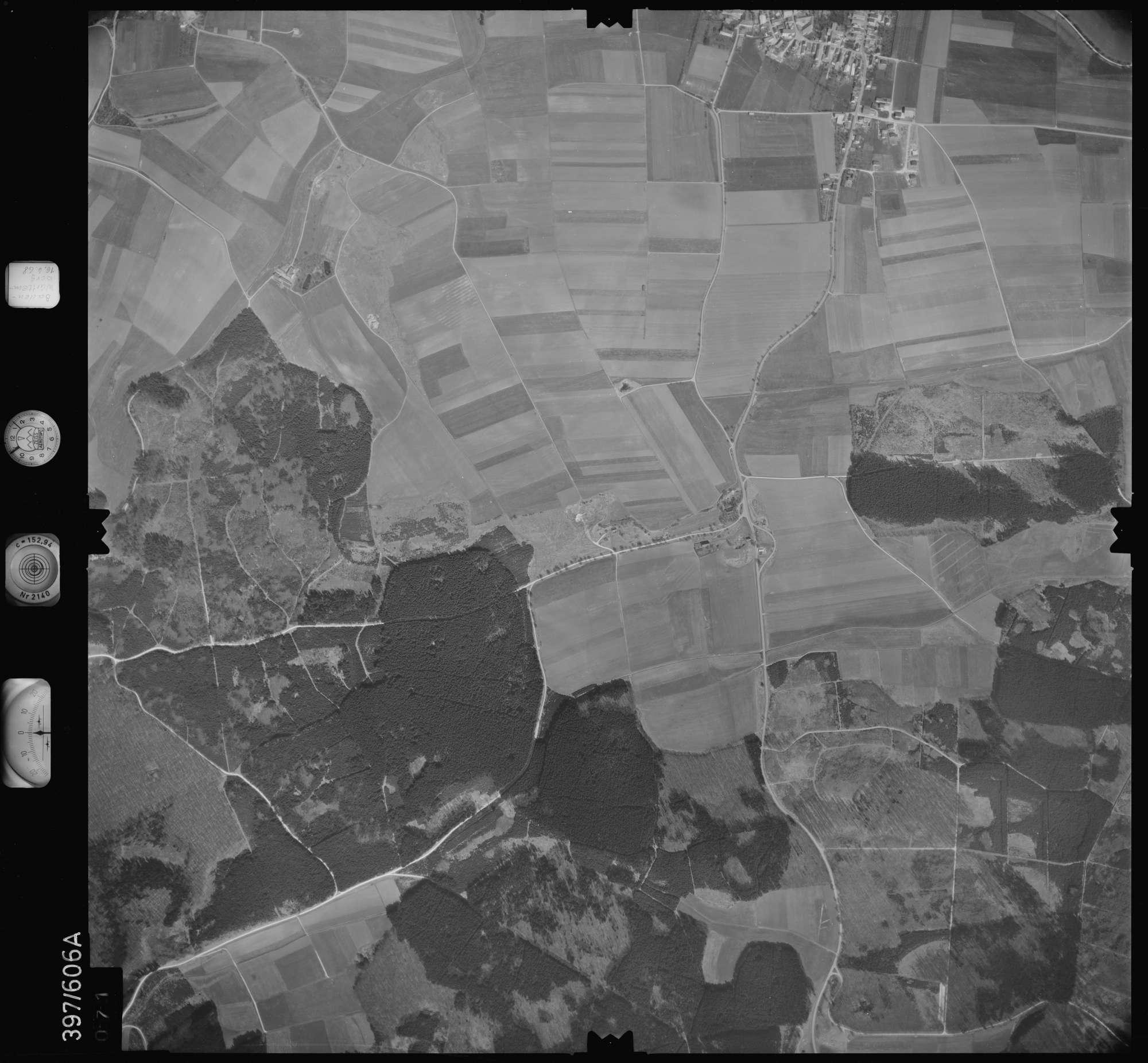 Luftbild: Film 32 Bildnr. 71, Bild 1