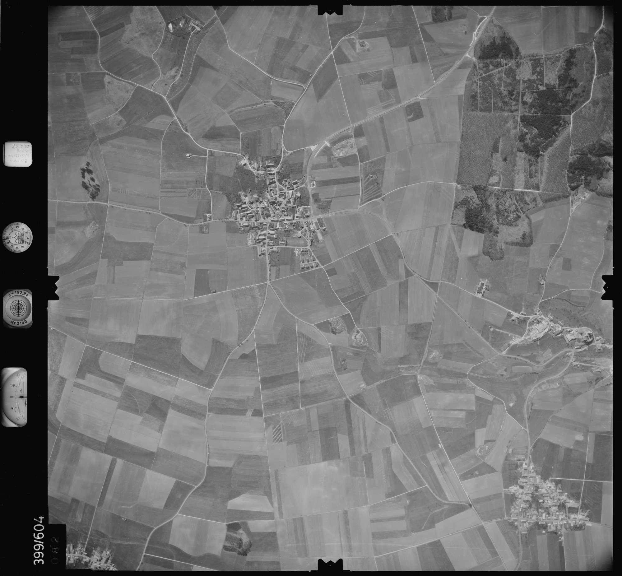 Luftbild: Film 32 Bildnr. 82, Bild 1