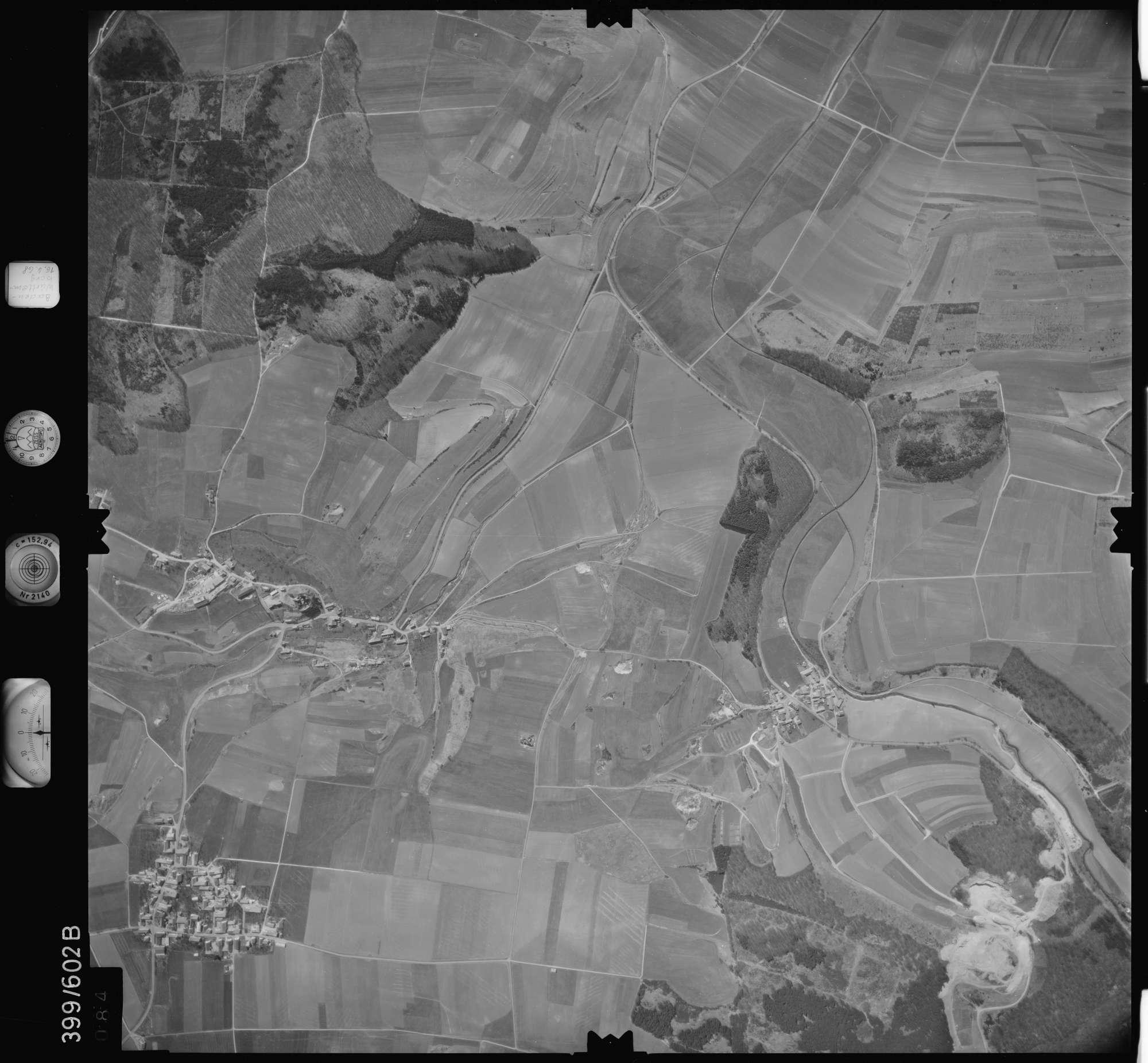 Luftbild: Film 32 Bildnr. 84, Bild 1