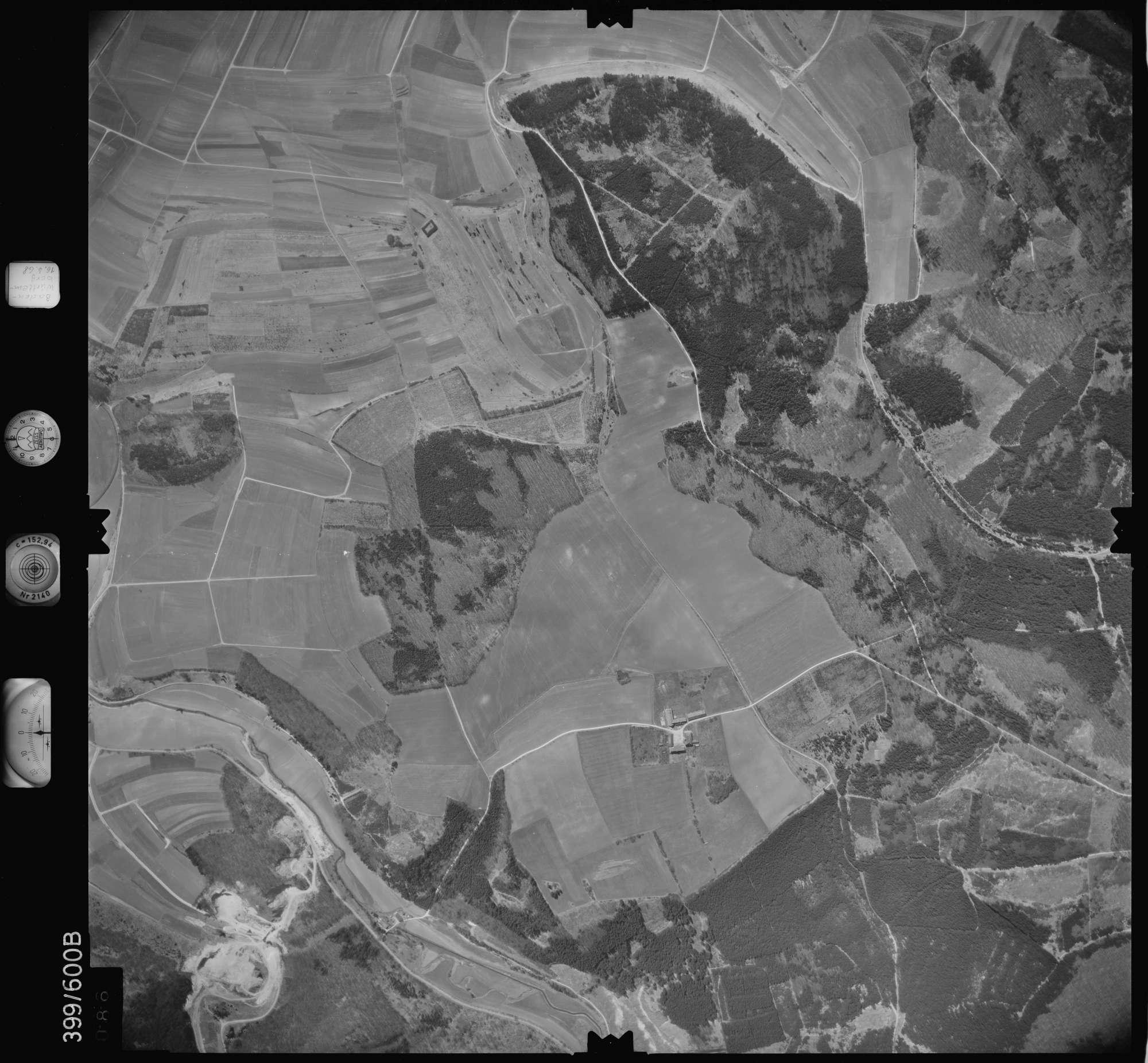 Luftbild: Film 32 Bildnr. 86, Bild 1