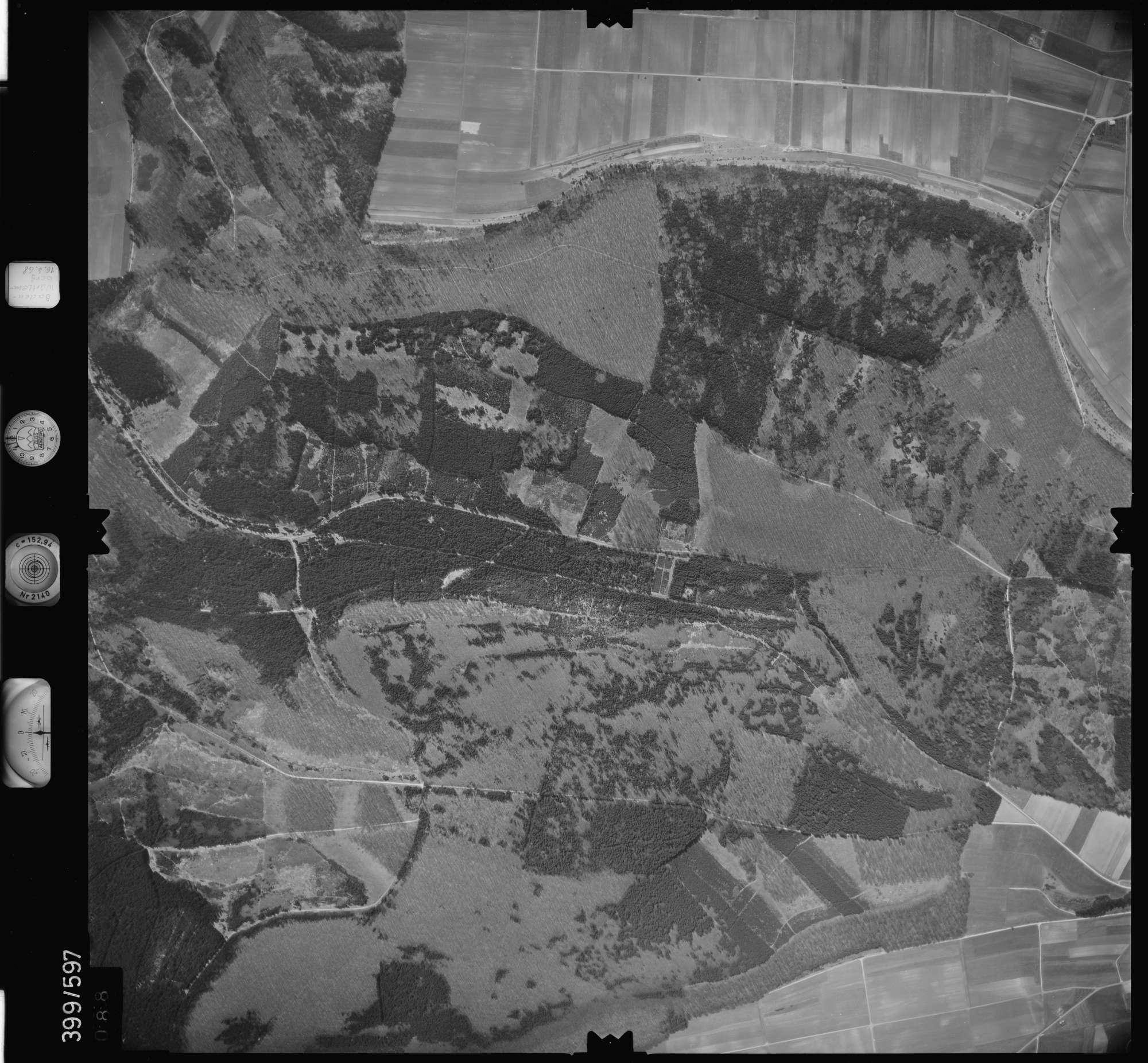 Luftbild: Film 32 Bildnr. 88, Bild 1