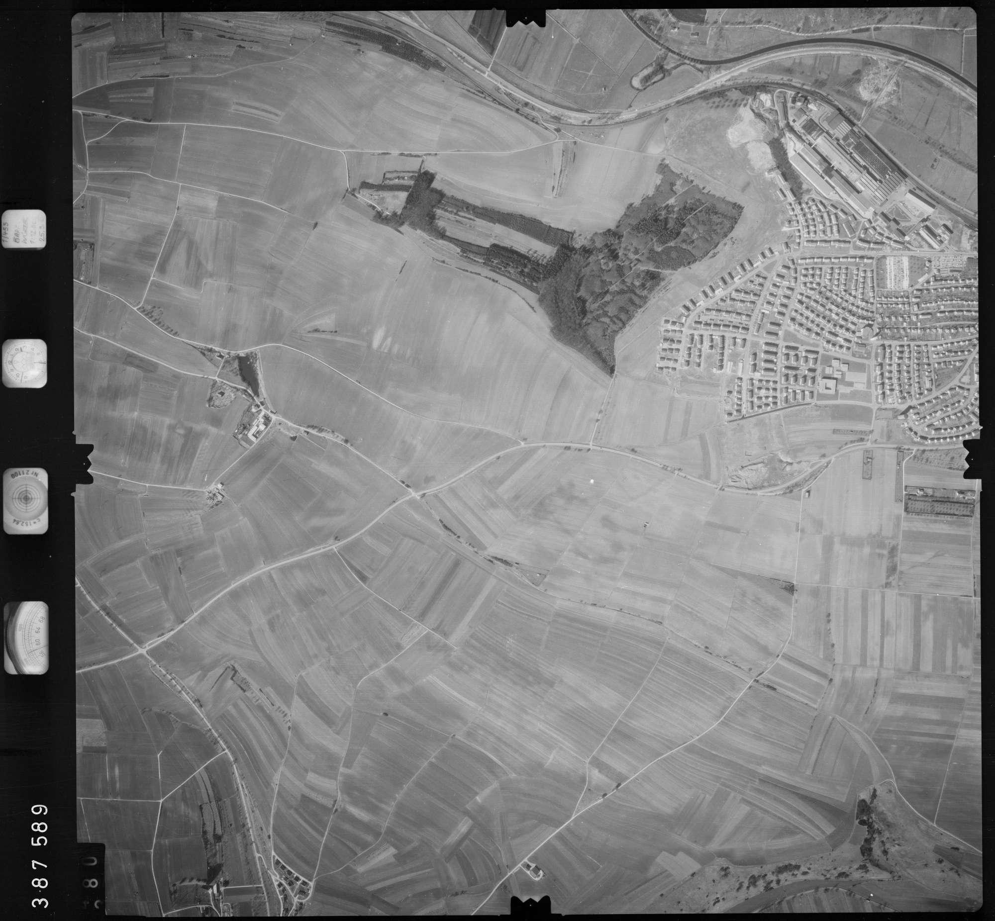 Luftbild: Film 23 Bildnr. 379, Bild 1