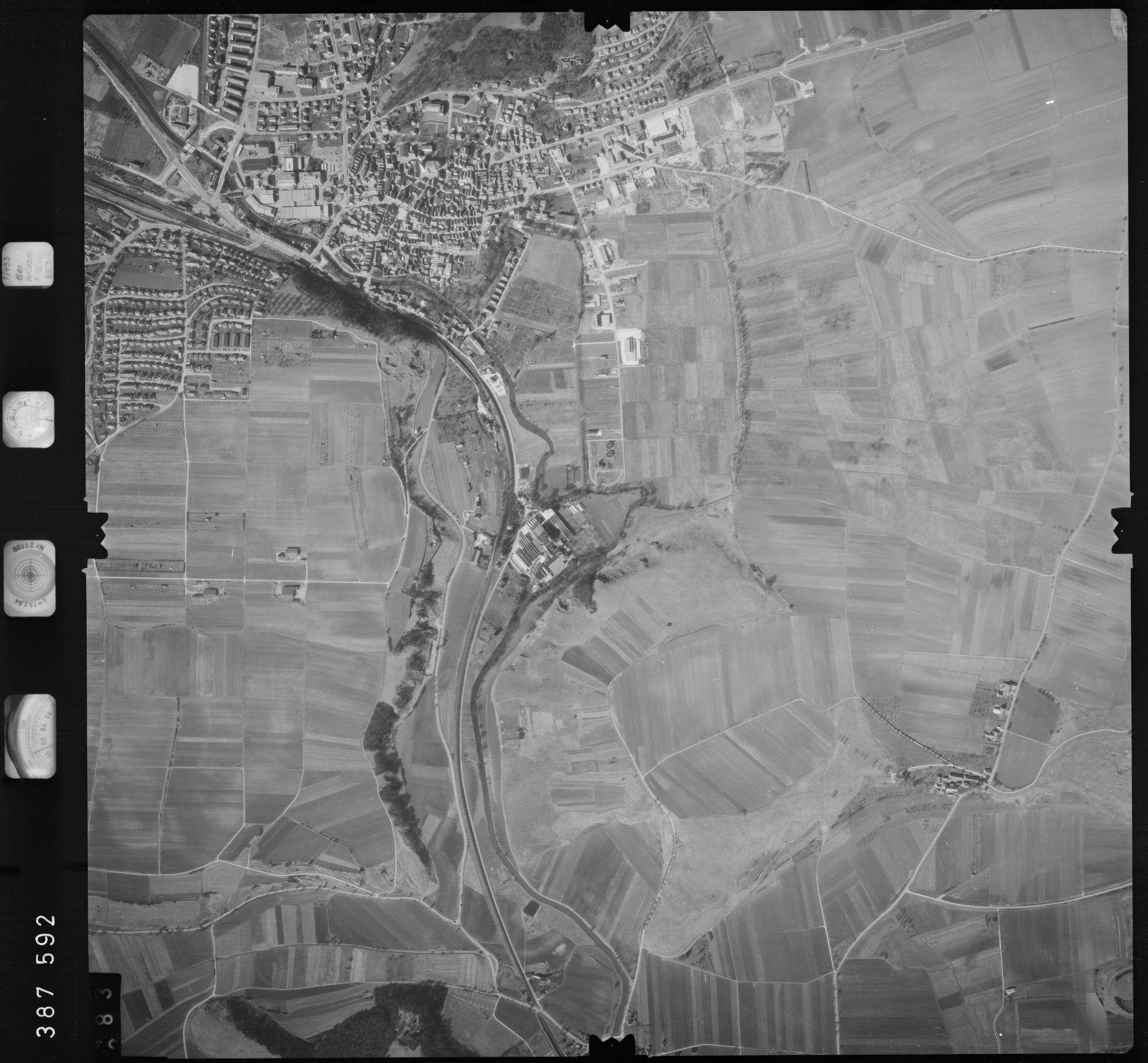 Luftbild: Film 23 Bildnr. 382, Bild 1