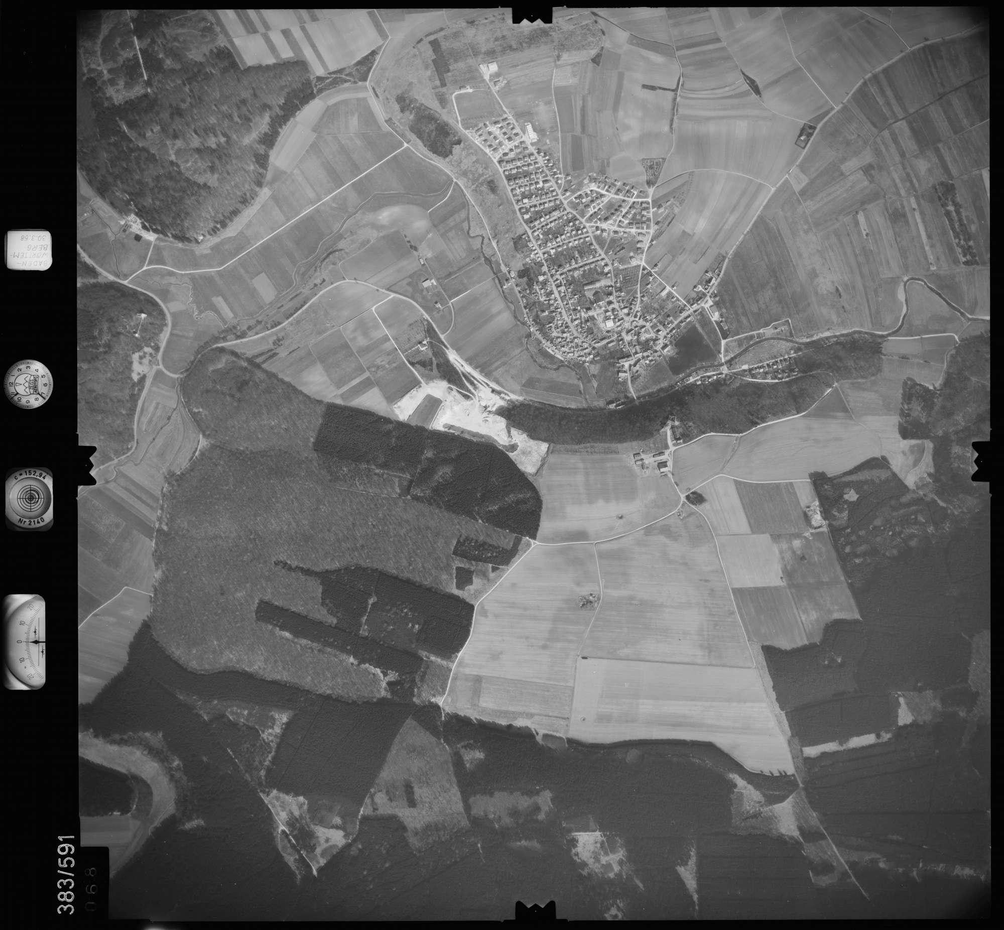 Luftbild: Film 27 Bildnr. 68, Bild 1
