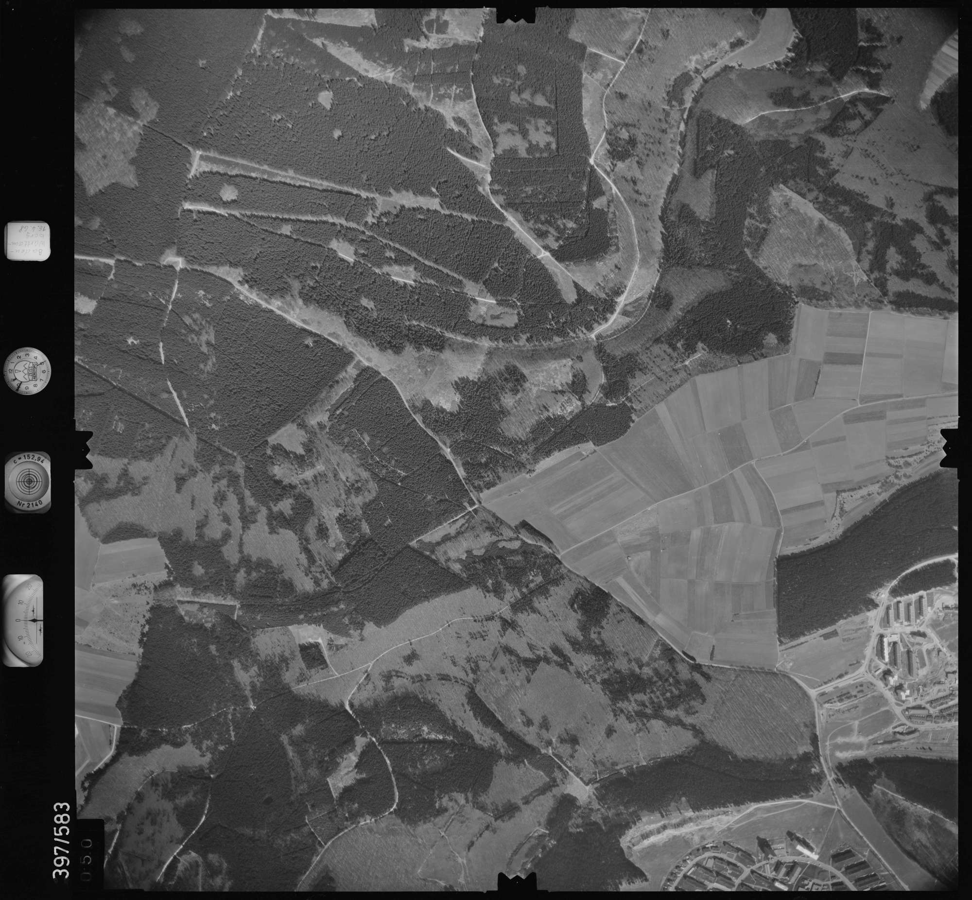 Luftbild: Film 32 Bildnr. 50, Bild 1