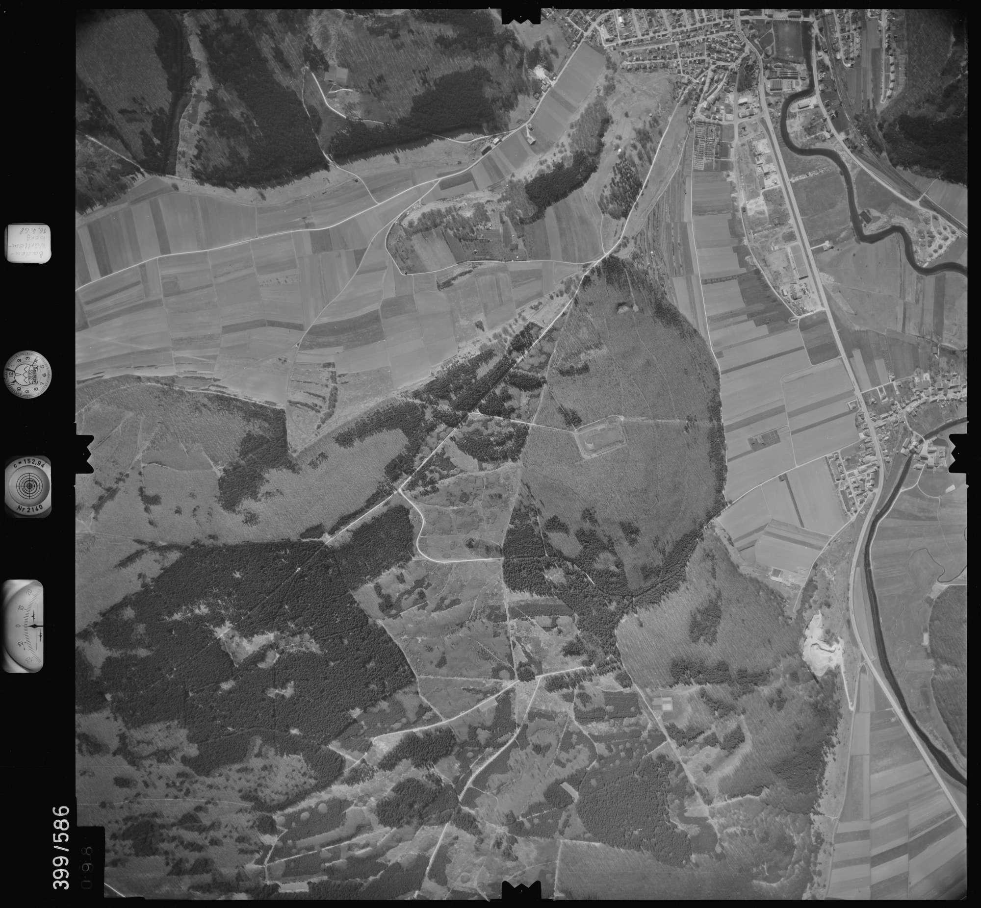 Luftbild: Film 32 Bildnr. 98, Bild 1