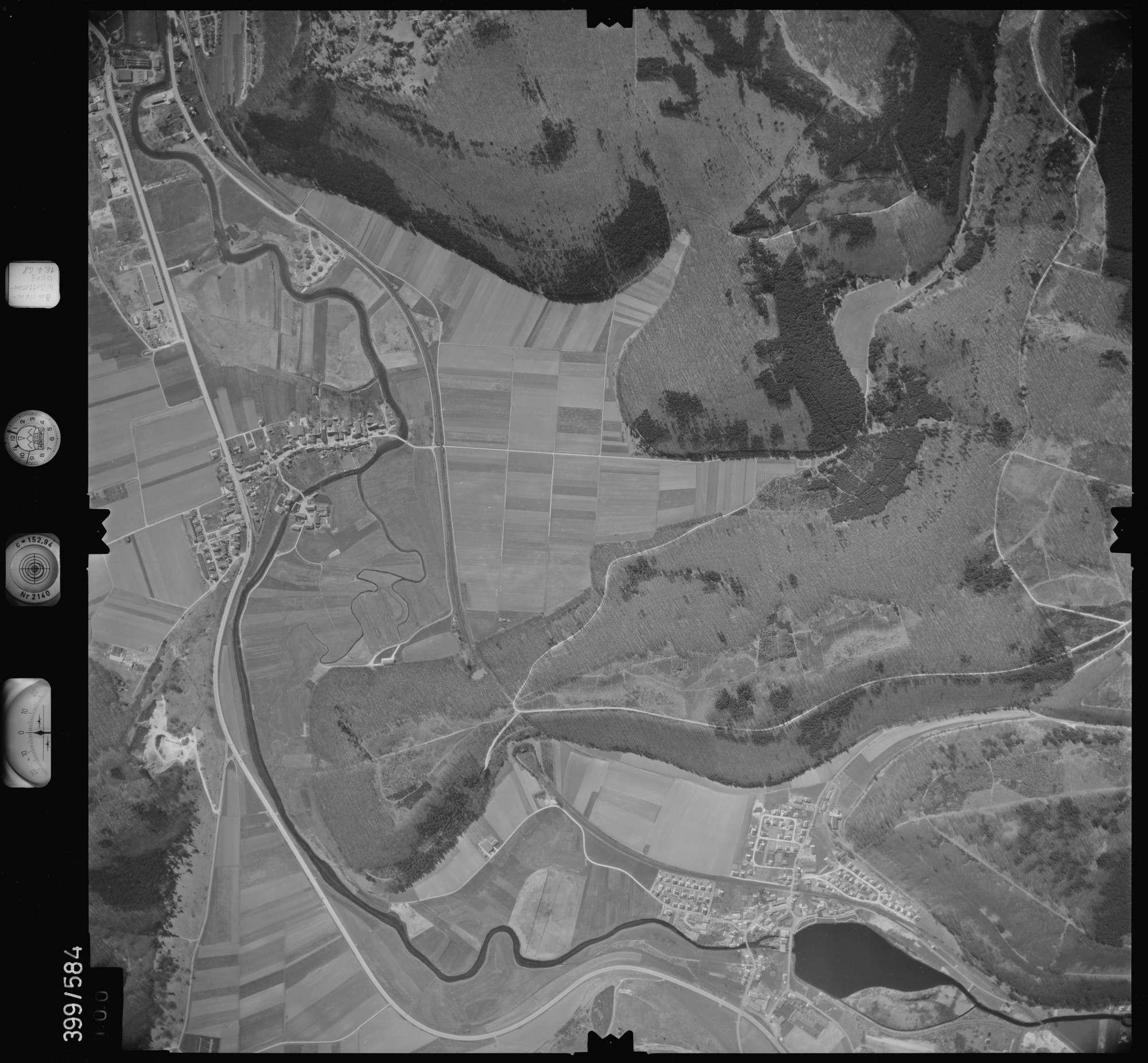 Luftbild: Film 32 Bildnr. 100, Bild 1