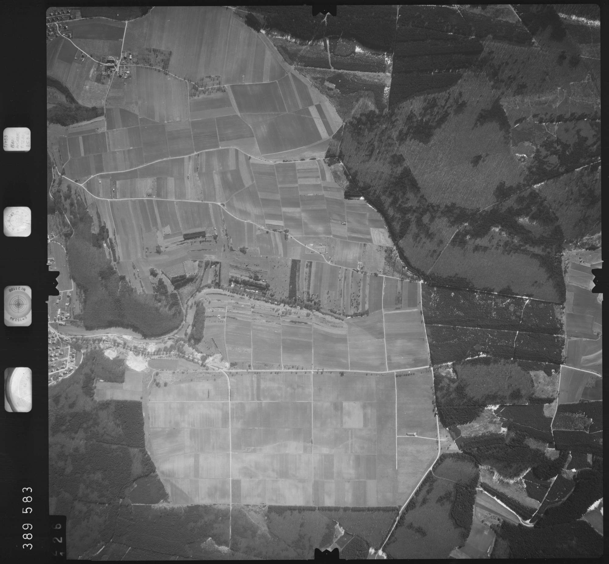 Luftbild: Film 22 Bildnr. 126, Bild 1