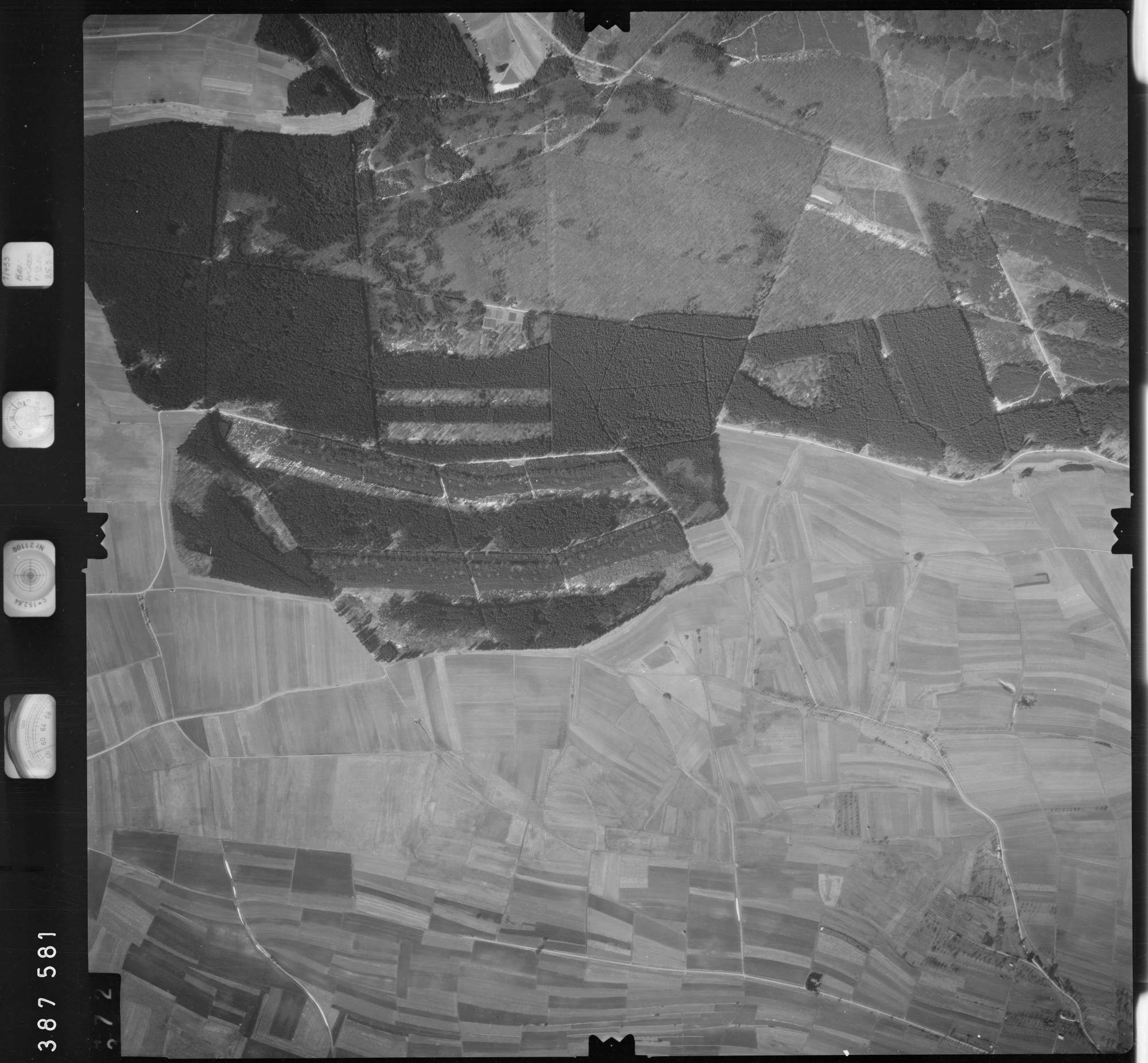 Luftbild: Film 23 Bildnr. 371, Bild 1