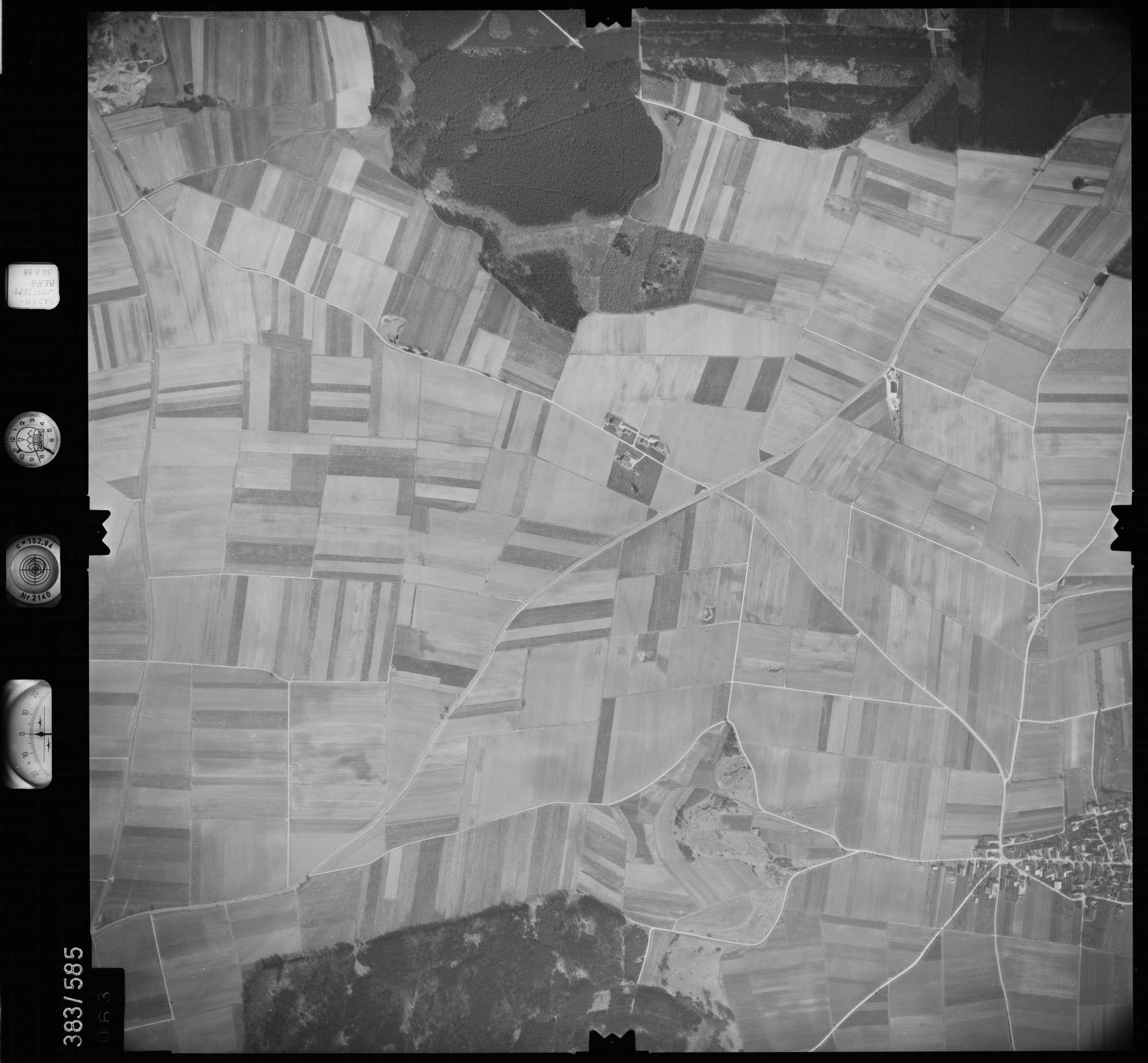 Luftbild: Film 27 Bildnr. 63, Bild 1