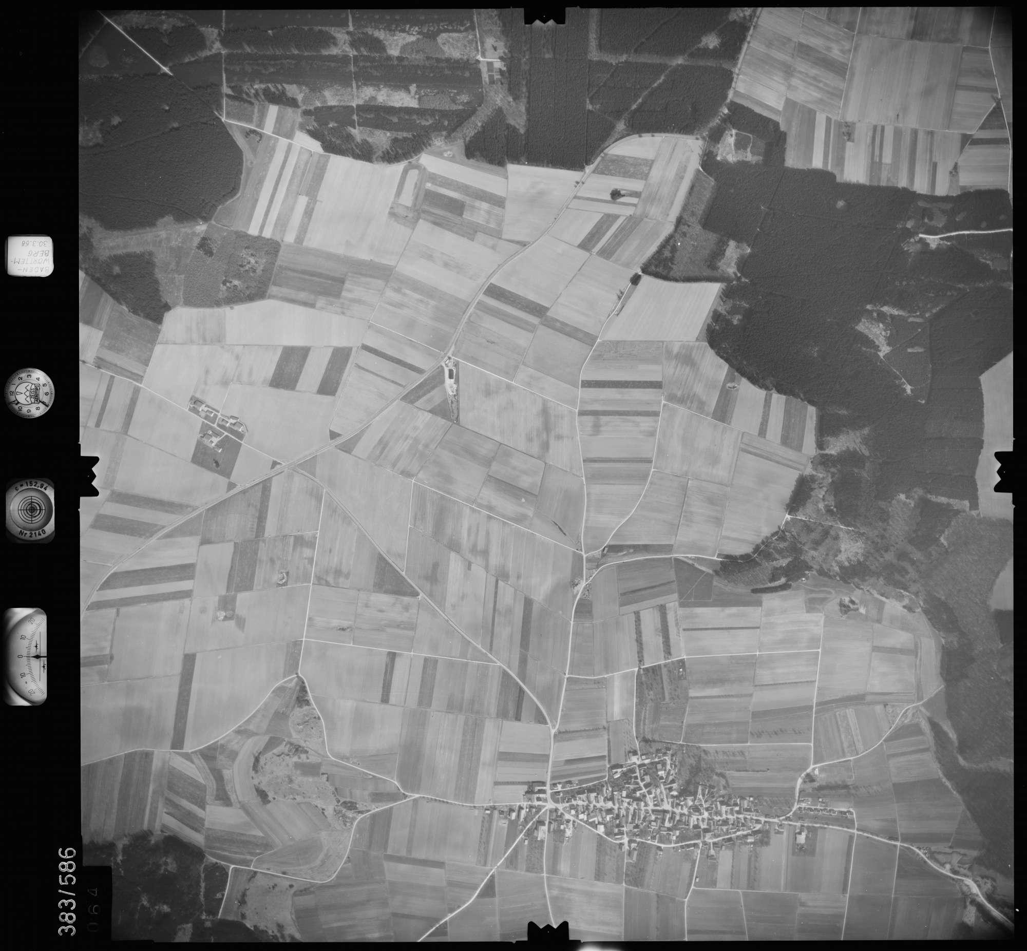 Luftbild: Film 27 Bildnr. 64, Bild 1