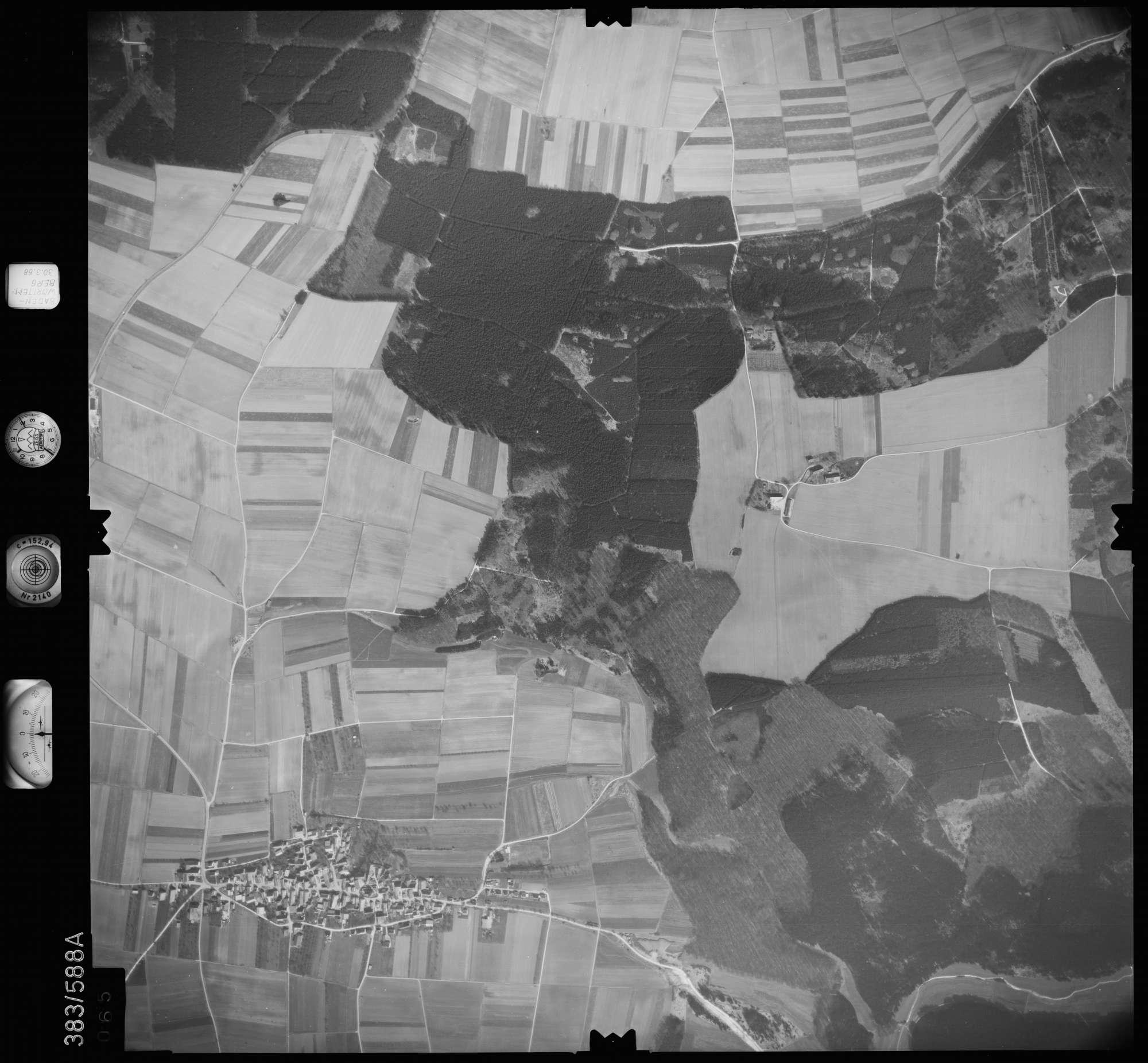 Luftbild: Film 27 Bildnr. 65, Bild 1