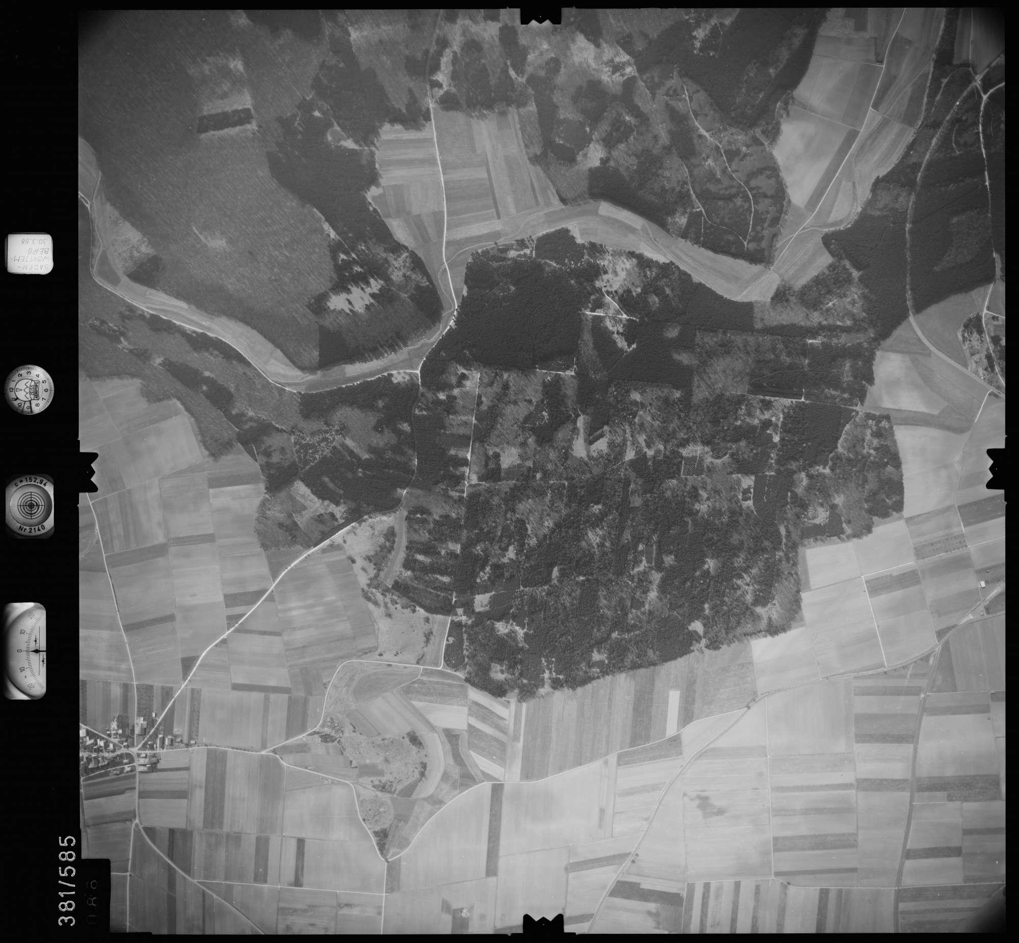 Luftbild: Film 27 Bildnr. 86, Bild 1
