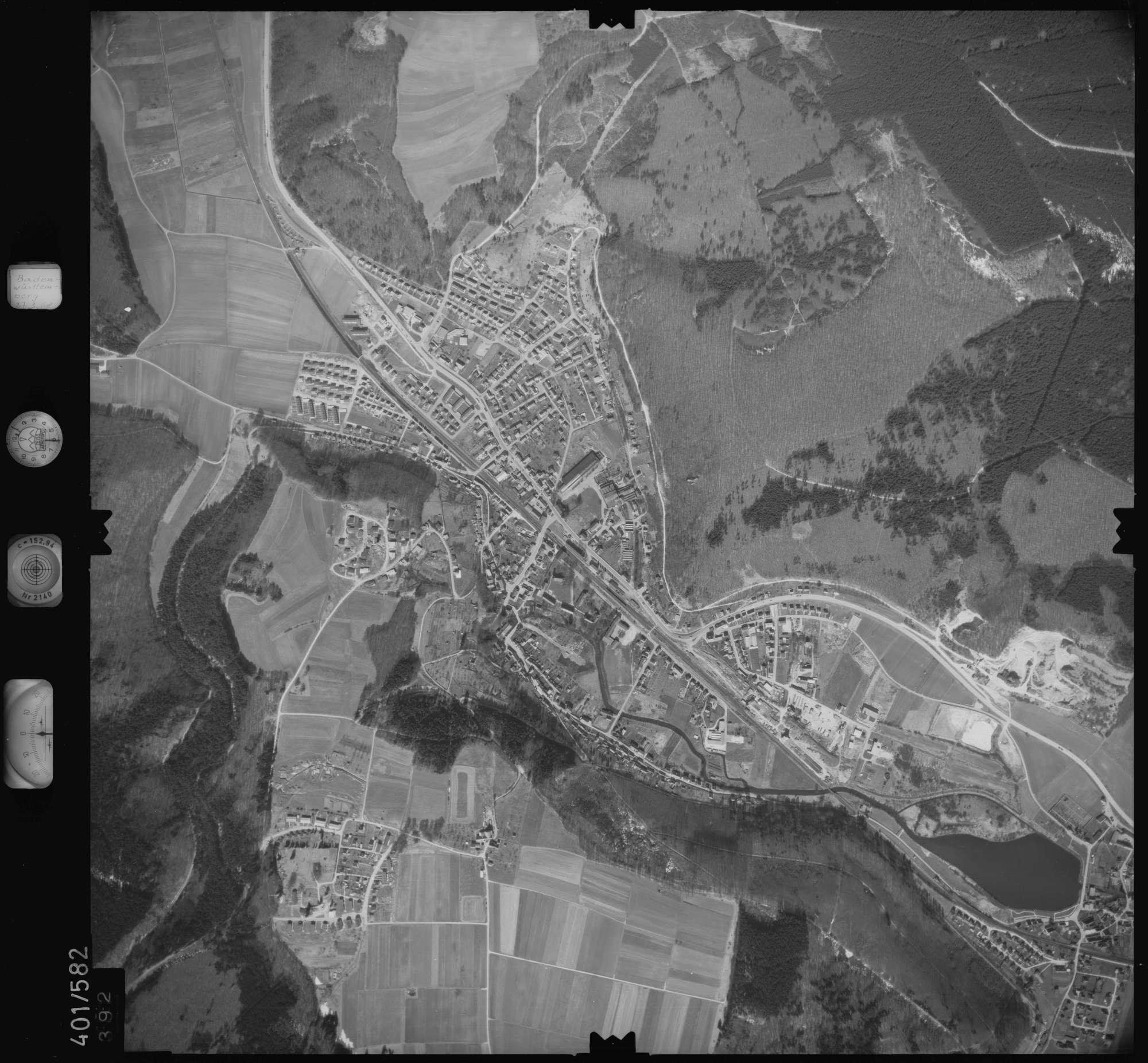 Luftbild: Film 10 Bildnr. 392, Bild 1