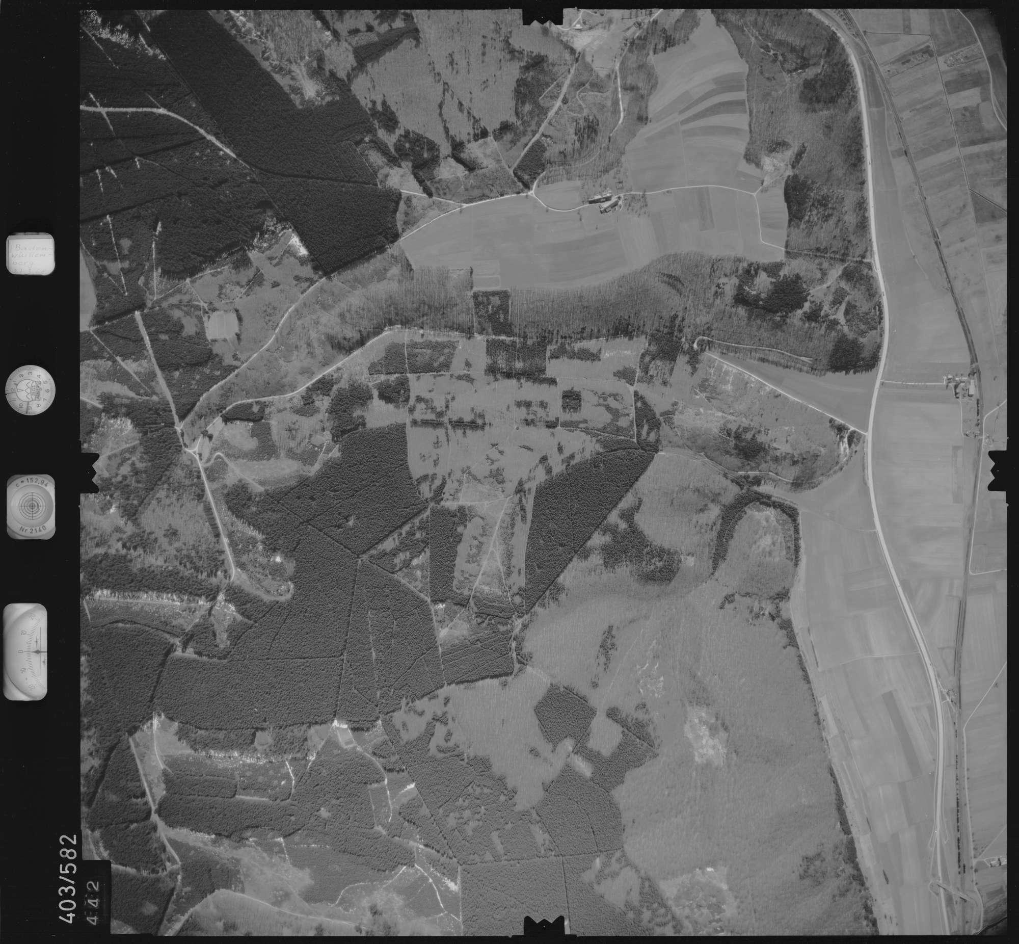 Luftbild: Film 10 Bildnr. 442, Bild 1
