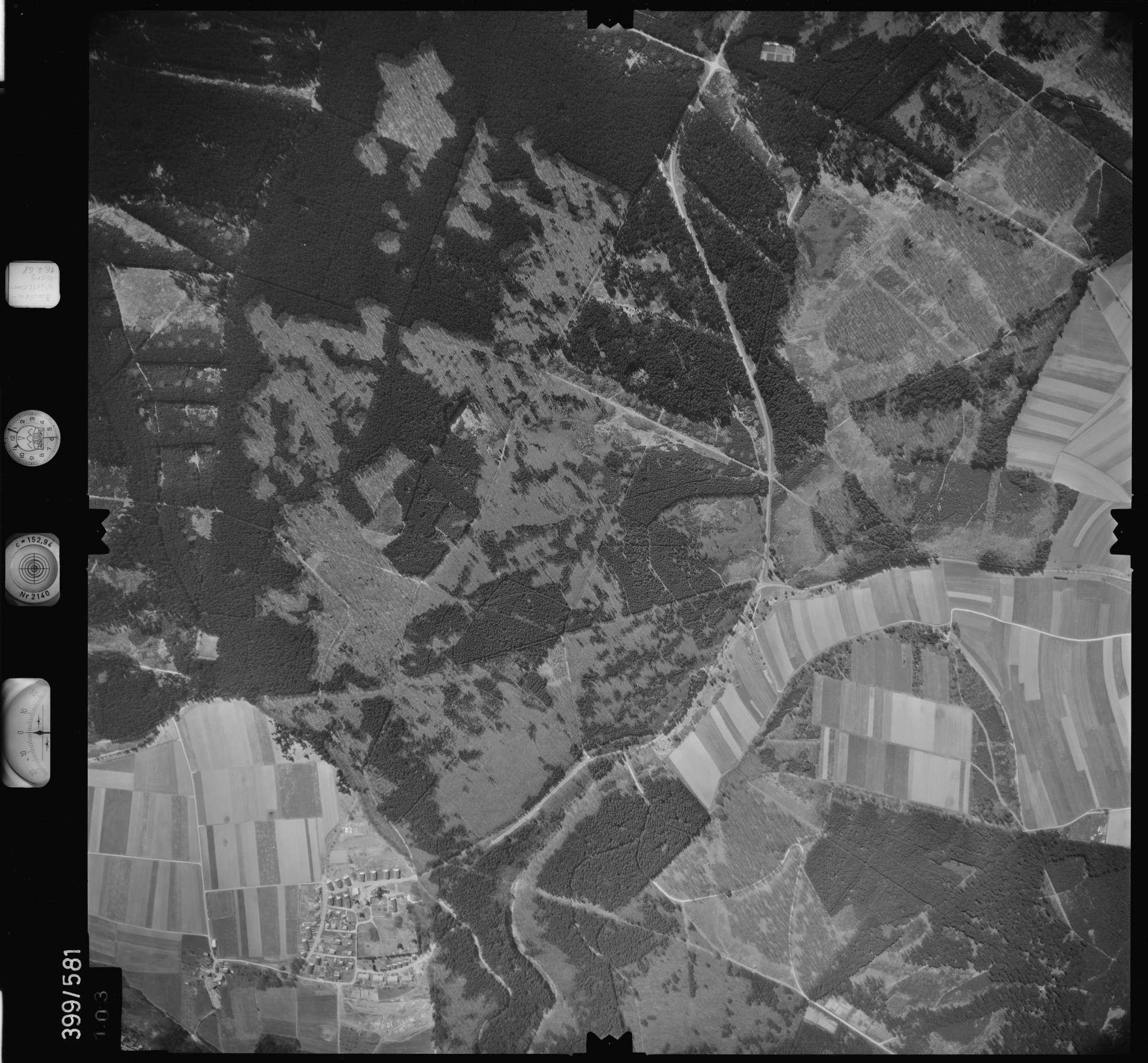 Luftbild: Film 32 Bildnr. 103, Bild 1