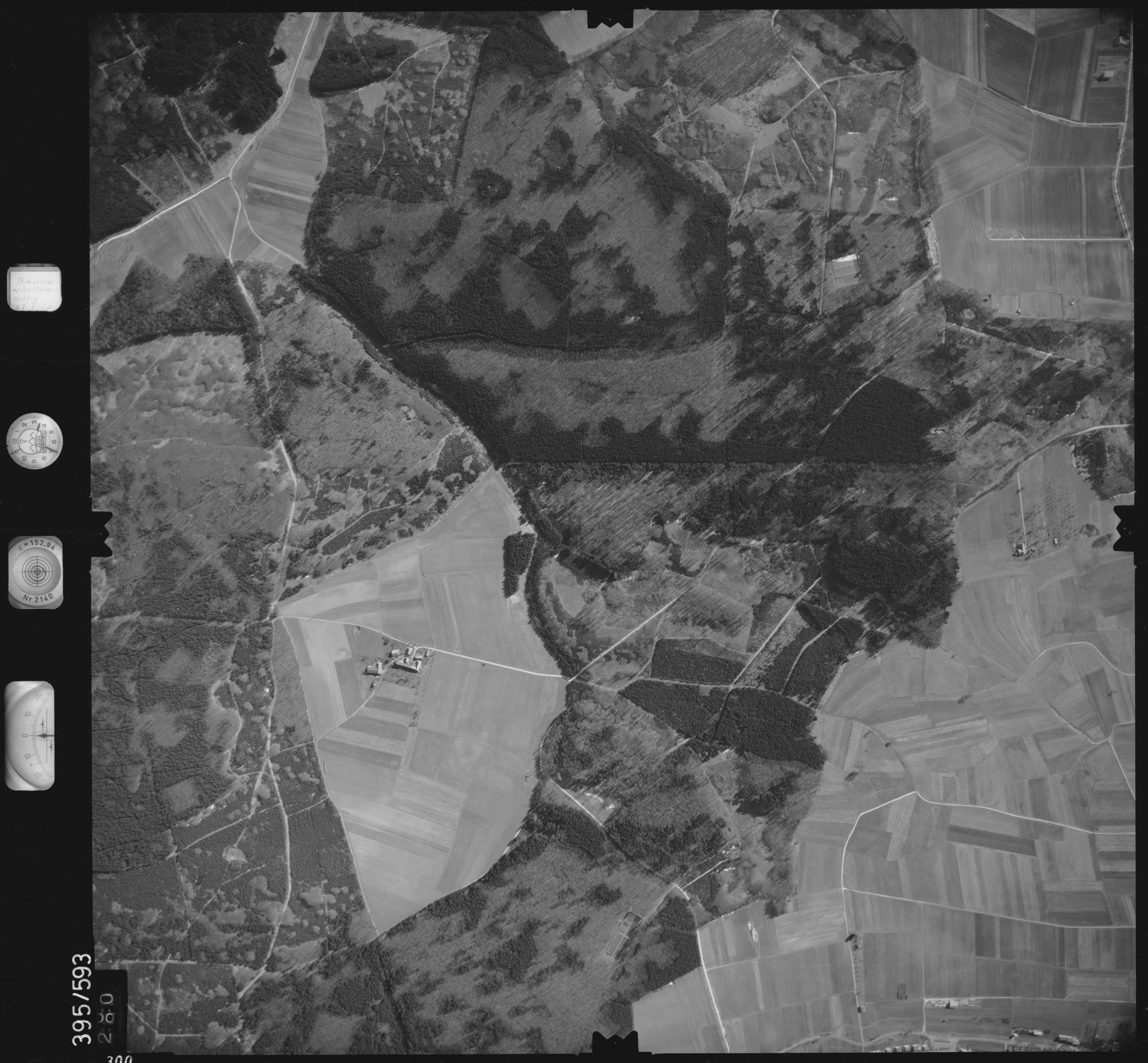 Luftbild: Film 24 Bildnr. 300, Bild 1