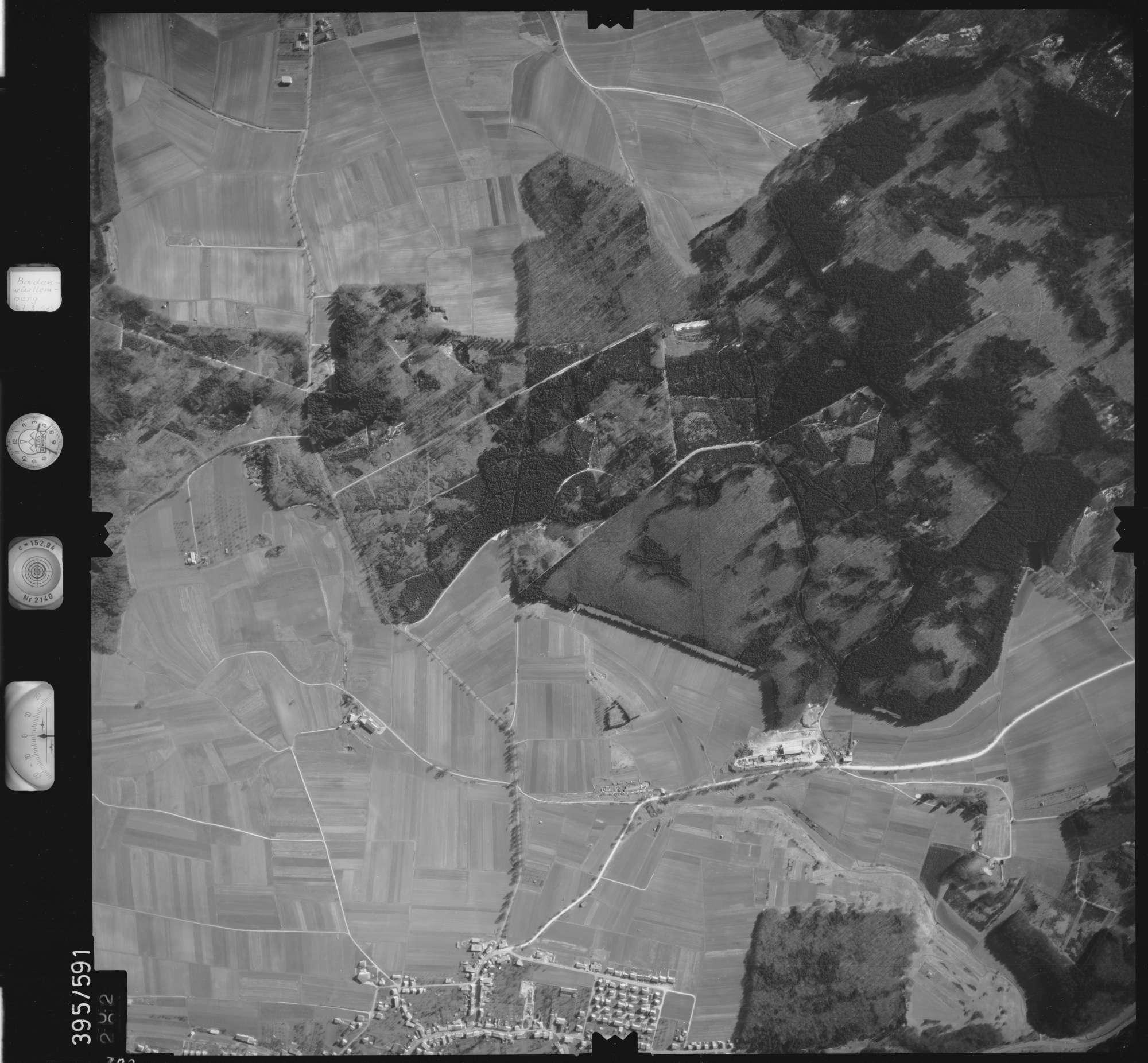 Luftbild: Film 24 Bildnr. 302, Bild 1