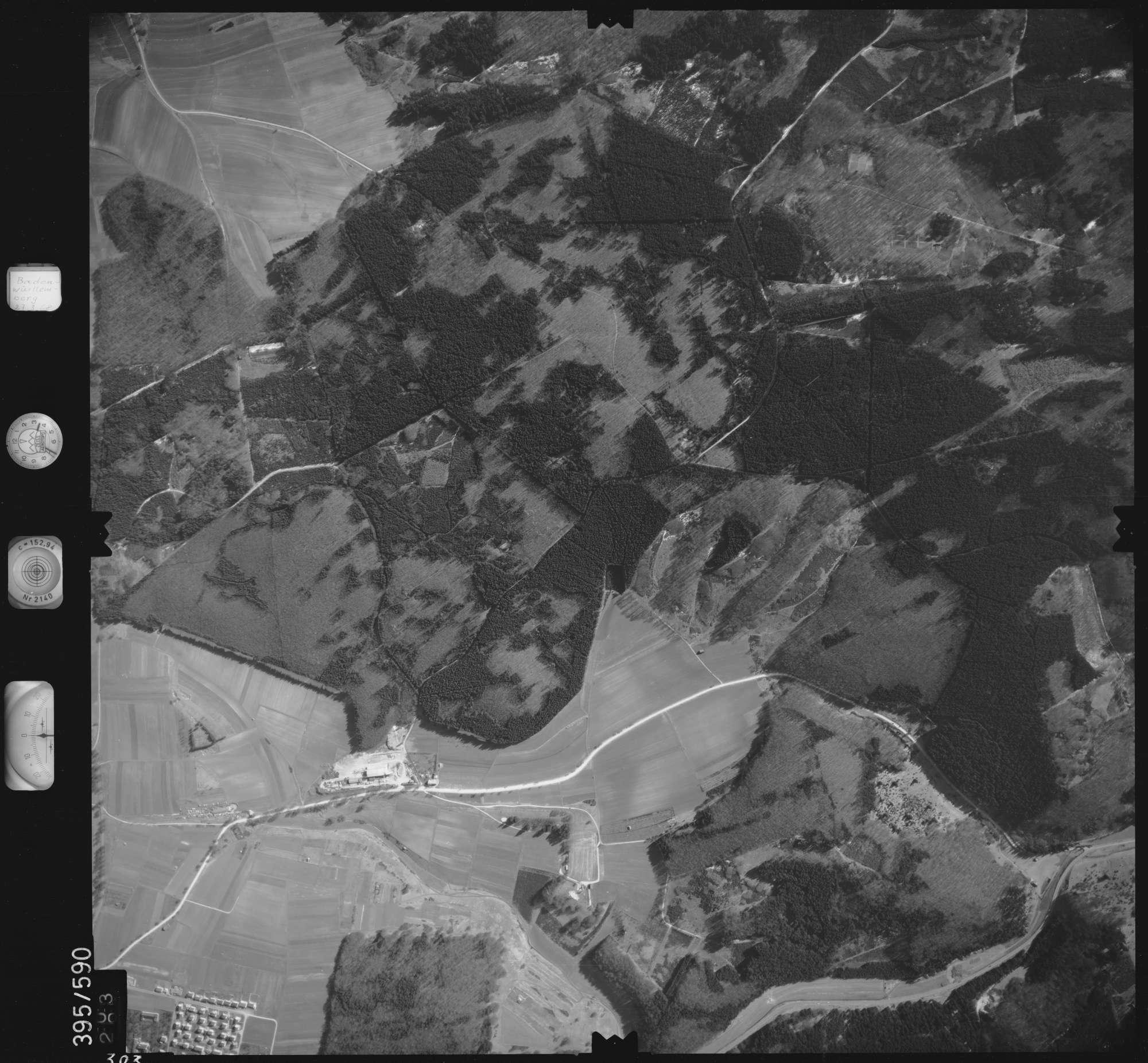Luftbild: Film 24 Bildnr. 303, Bild 1