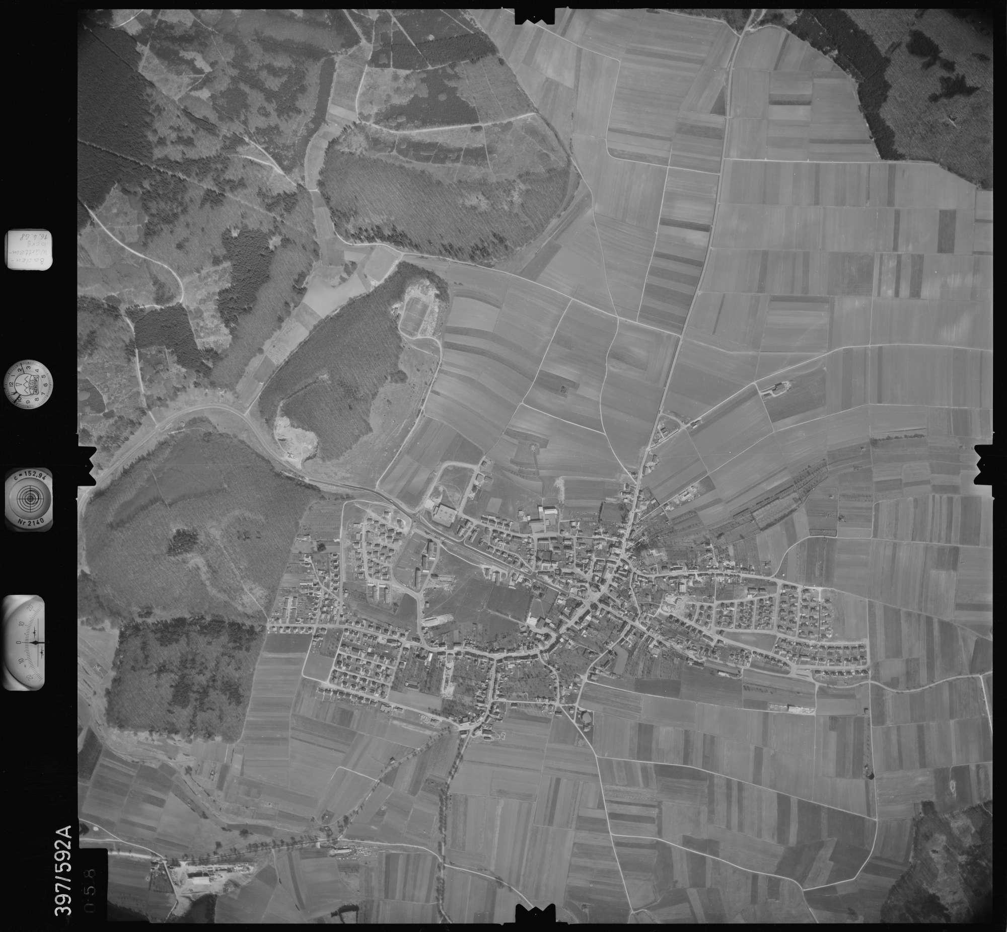Luftbild: Film 32 Bildnr. 58, Bild 1