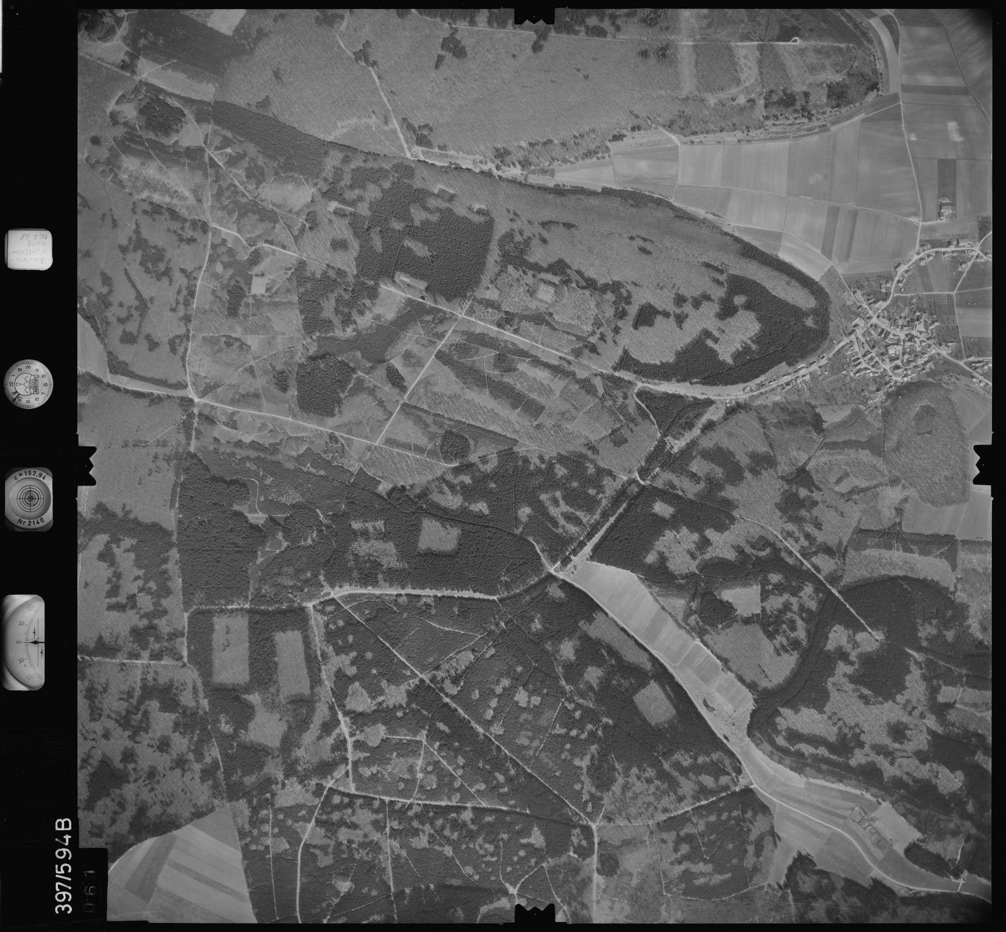 Luftbild: Film 32 Bildnr. 61, Bild 1