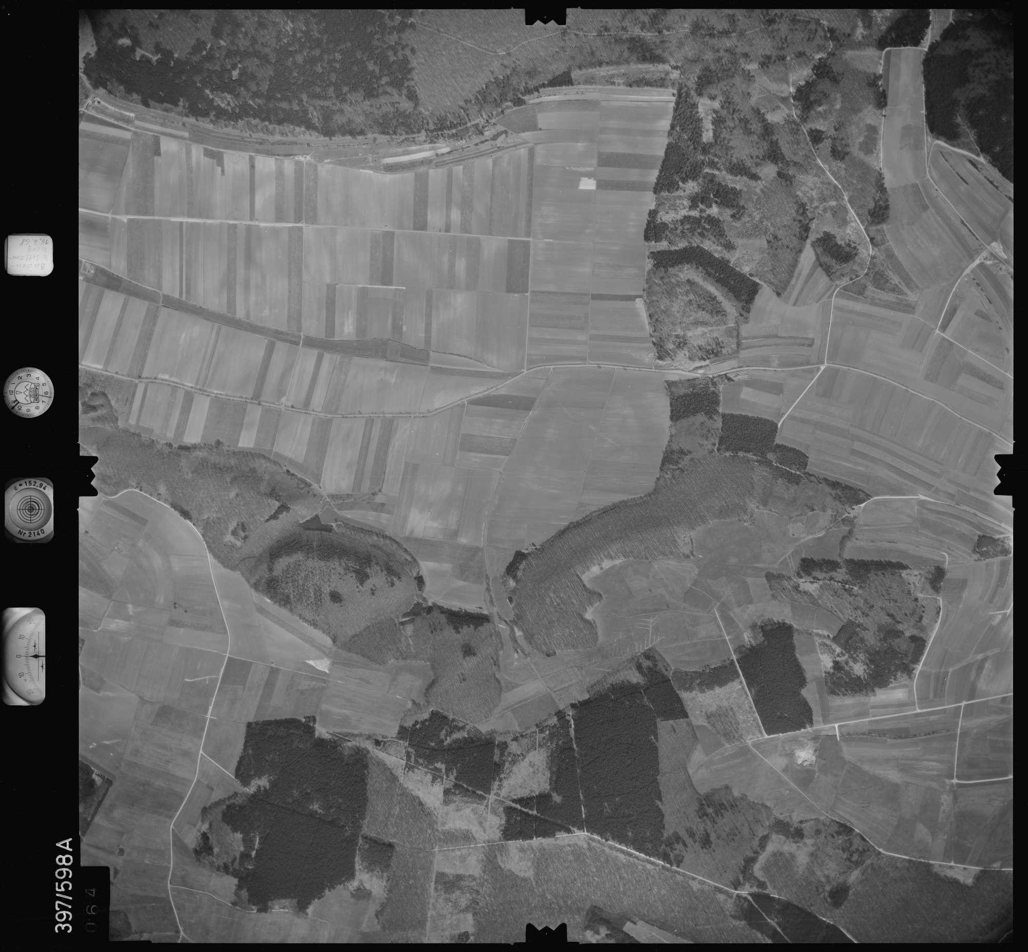 Luftbild: Film 32 Bildnr. 64, Bild 1