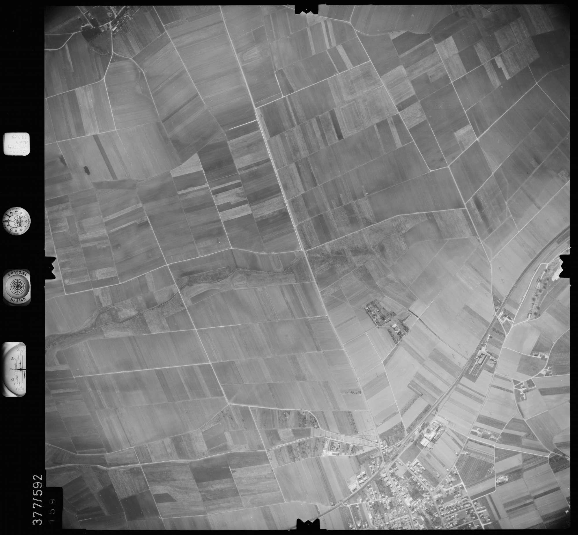 Luftbild: Film 27 Bildnr. 159, Bild 1