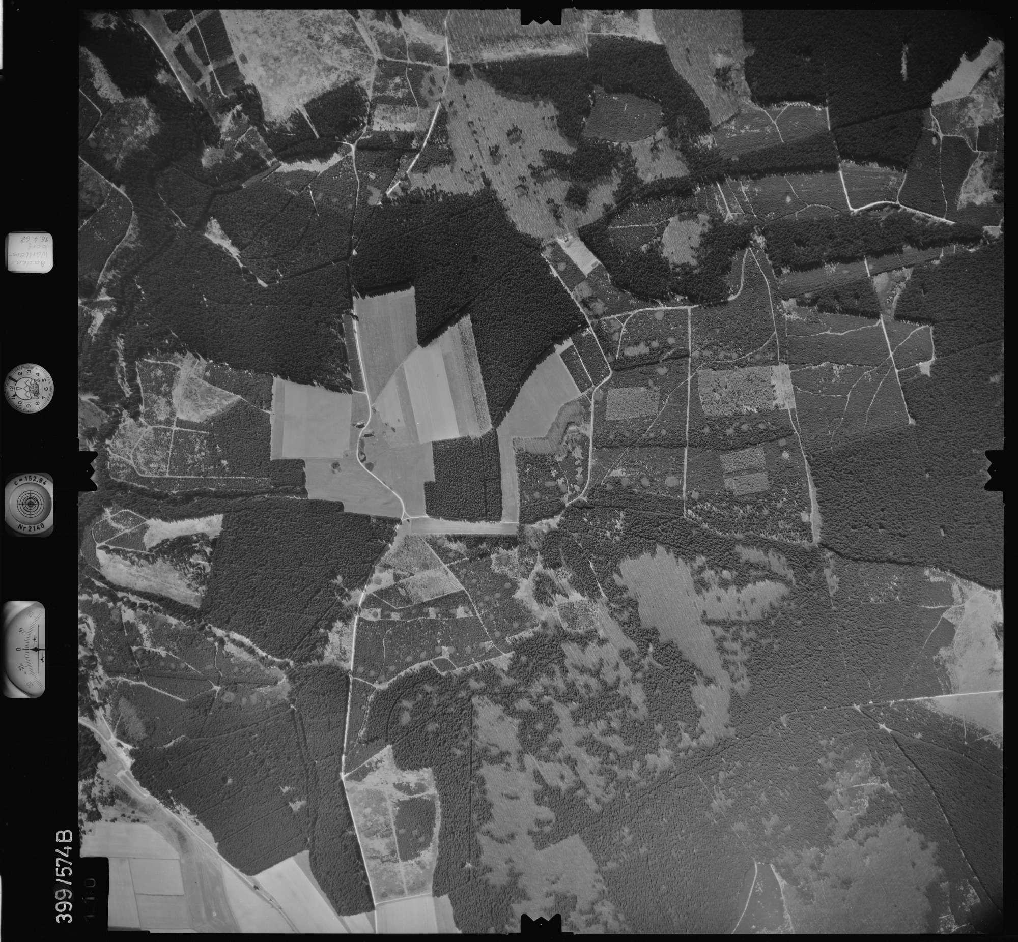 Luftbild: Film 32 Bildnr. 110, Bild 1