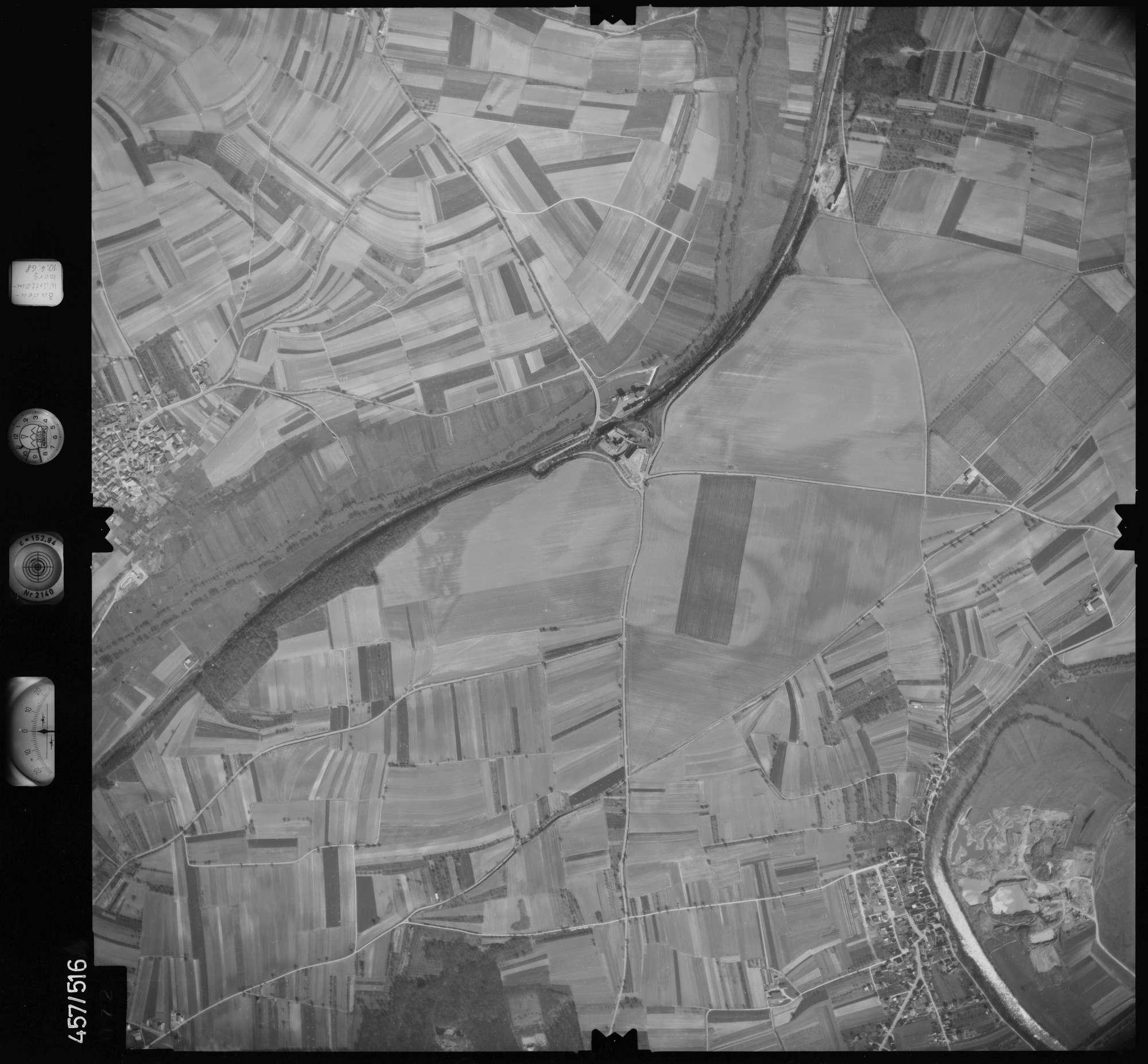 Luftbild: Film 104 Bildnr. 72, Bild 1